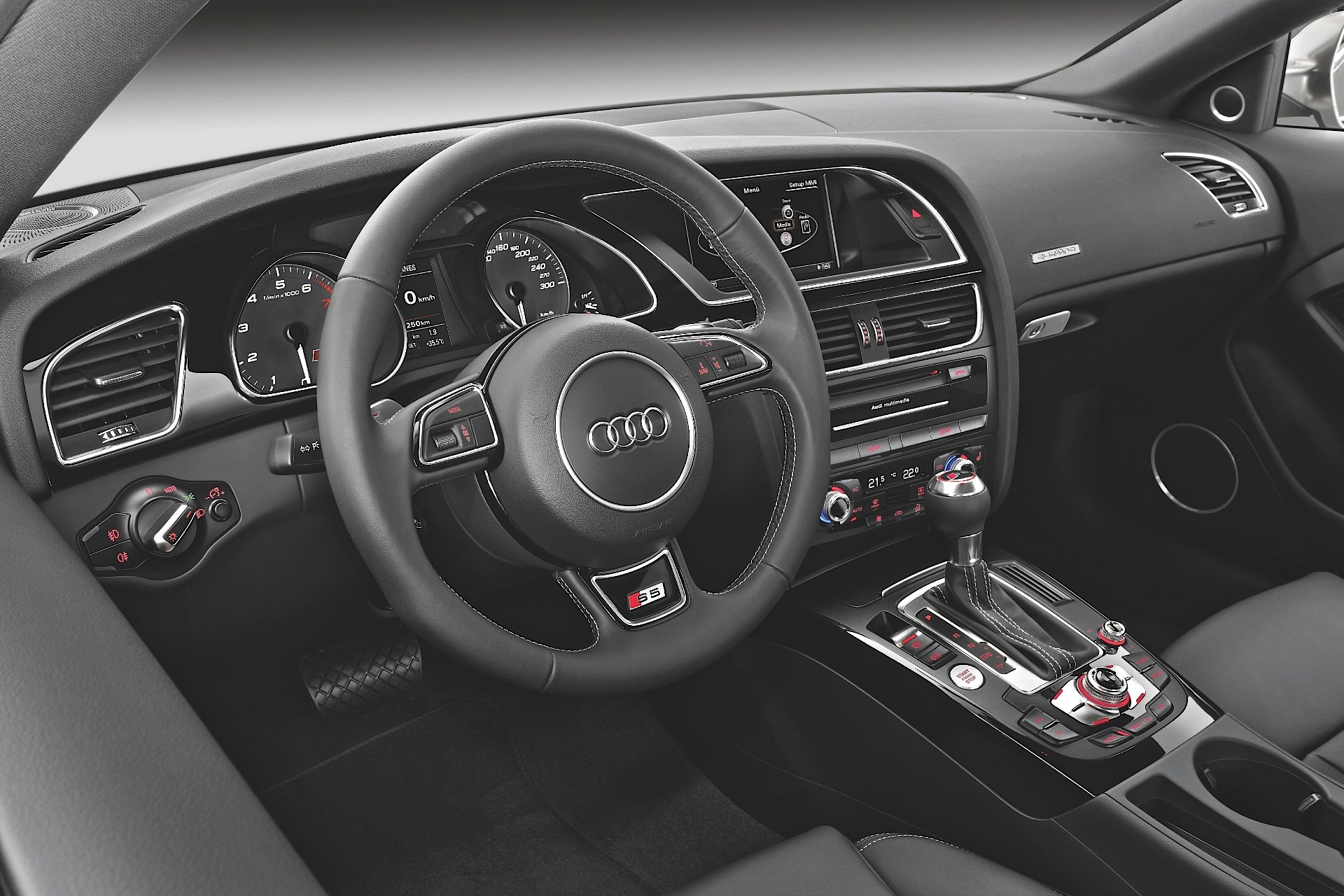 Kelebihan Audi S5 2015 Review