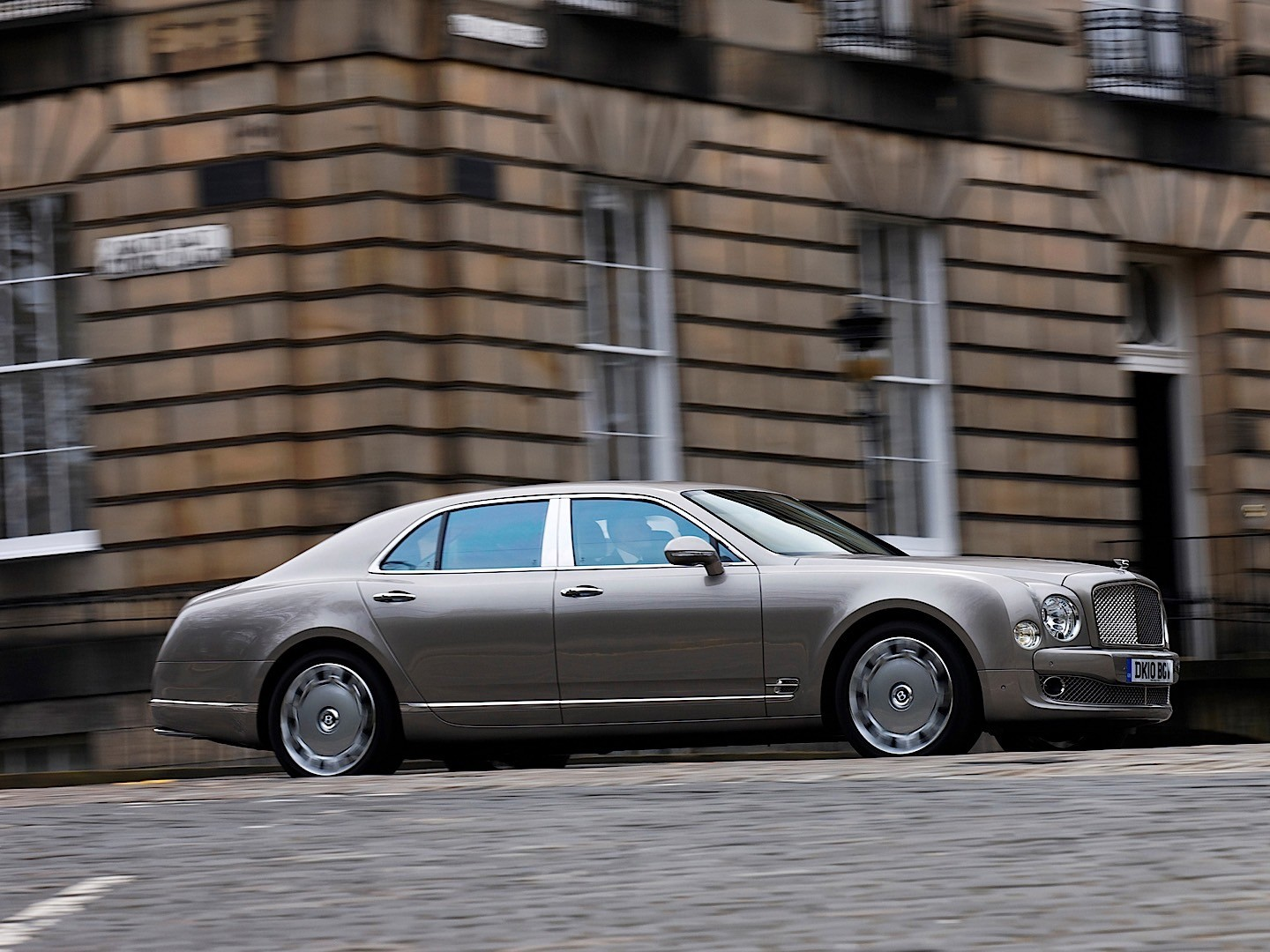 Bentley mulsanne specs 2009 2010 2011 2012 2013 2014 2015 bentley mulsanne 2009 2016 vanachro Image collections