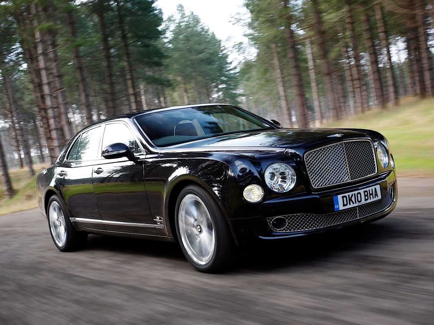 bentley mulsanne specs 2009 2010 2011 2012 2013 2014 2015 2016 autoevolution. Black Bedroom Furniture Sets. Home Design Ideas