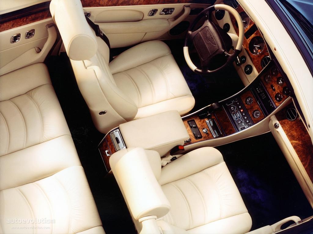 Безбашенная роскошь: Bentley Azure (…