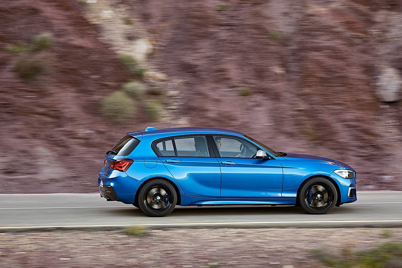 BMW 1 Series (F20) LCI specs & photos - 2017, 2018, 2019 - autoevolution