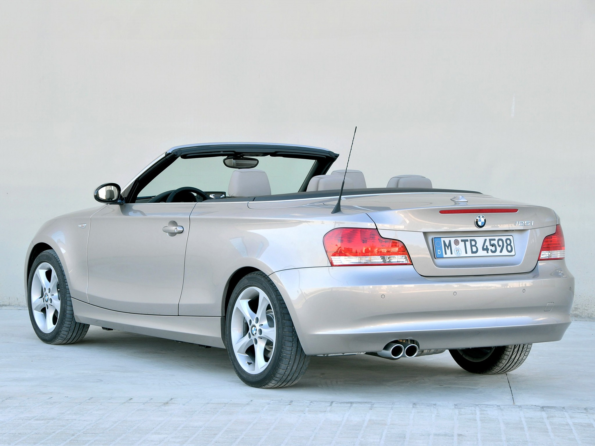 Bmw 1 Series Cabriolet E88 Specs 2008 2009 2010