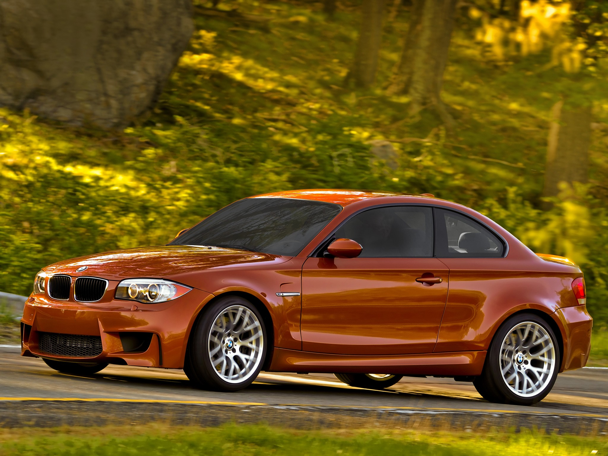 bmw 1 series m coupe e82 specs 2010 2011 2012 autoevolution. Black Bedroom Furniture Sets. Home Design Ideas
