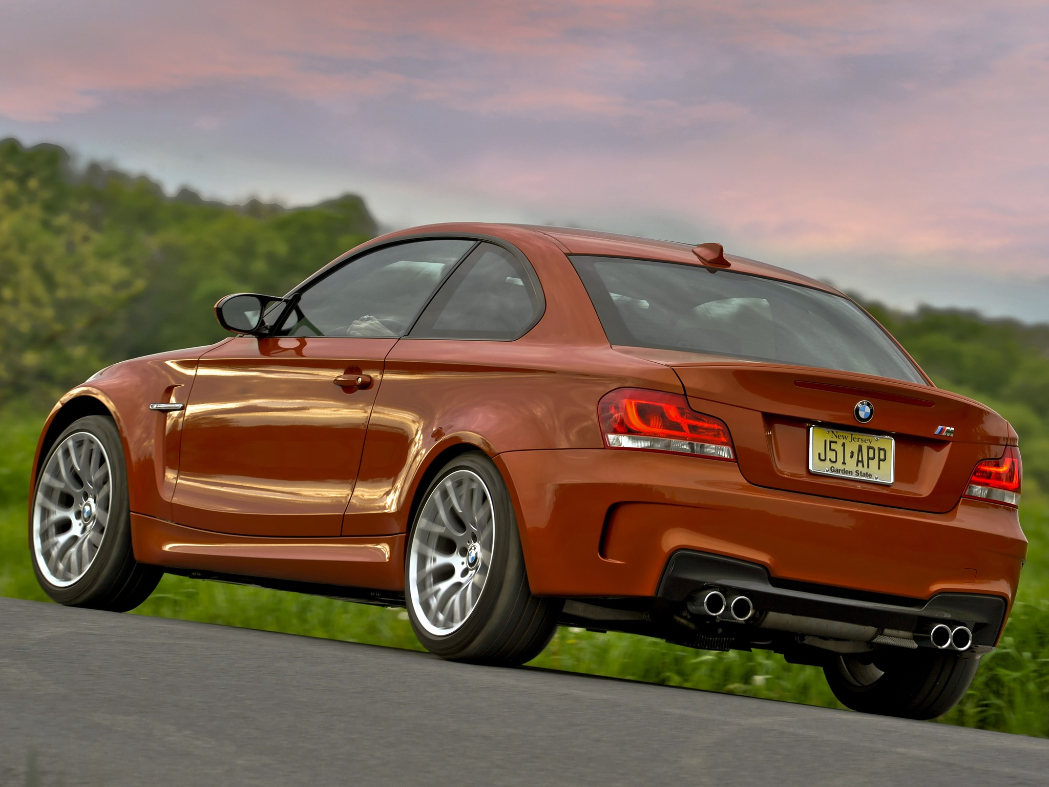 bmw 1 series m coupe e82 2010 2011 2012 autoevolution. Black Bedroom Furniture Sets. Home Design Ideas