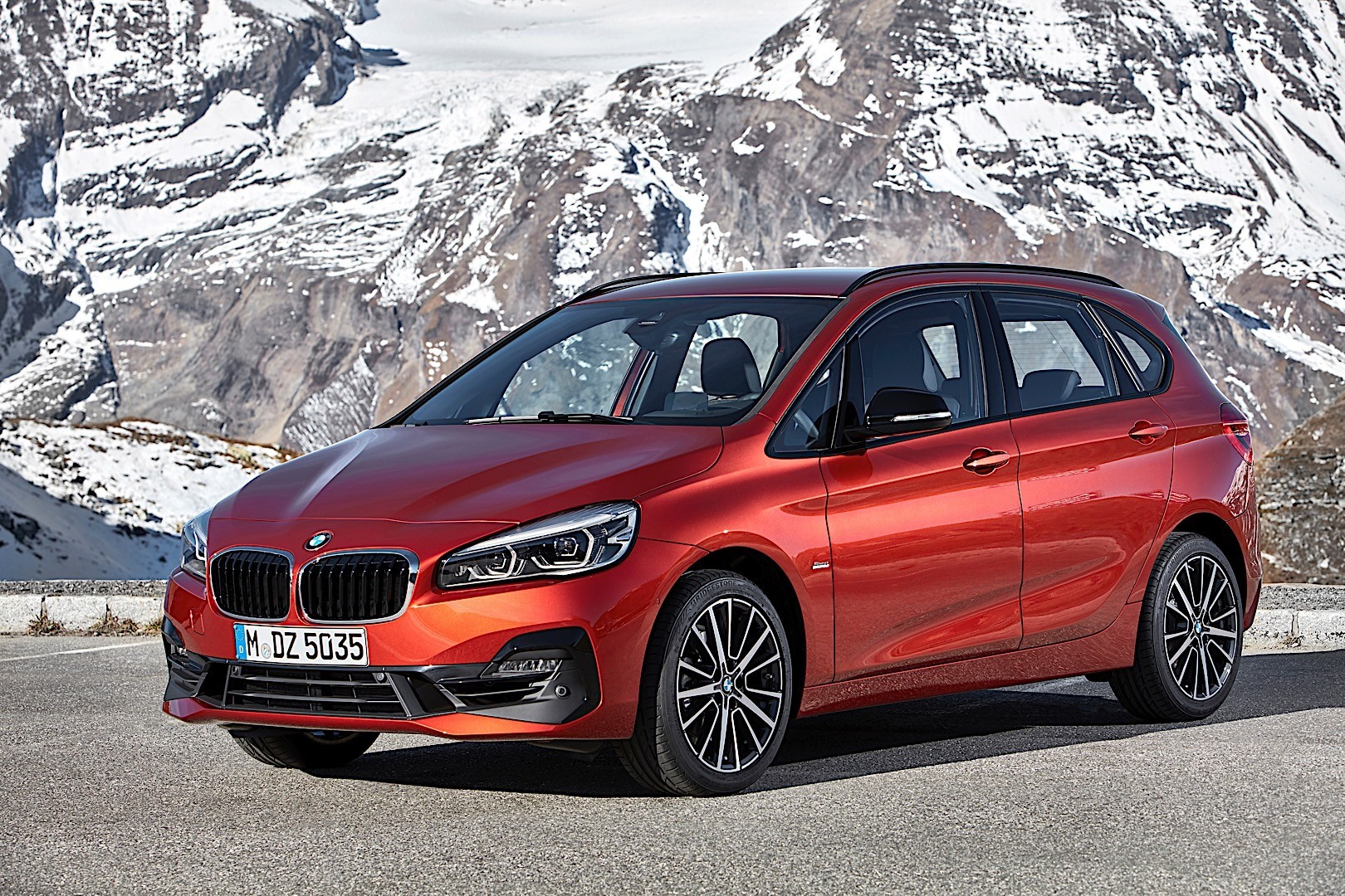 bmw 2 series active tourer f45 specs photos 2018. Black Bedroom Furniture Sets. Home Design Ideas
