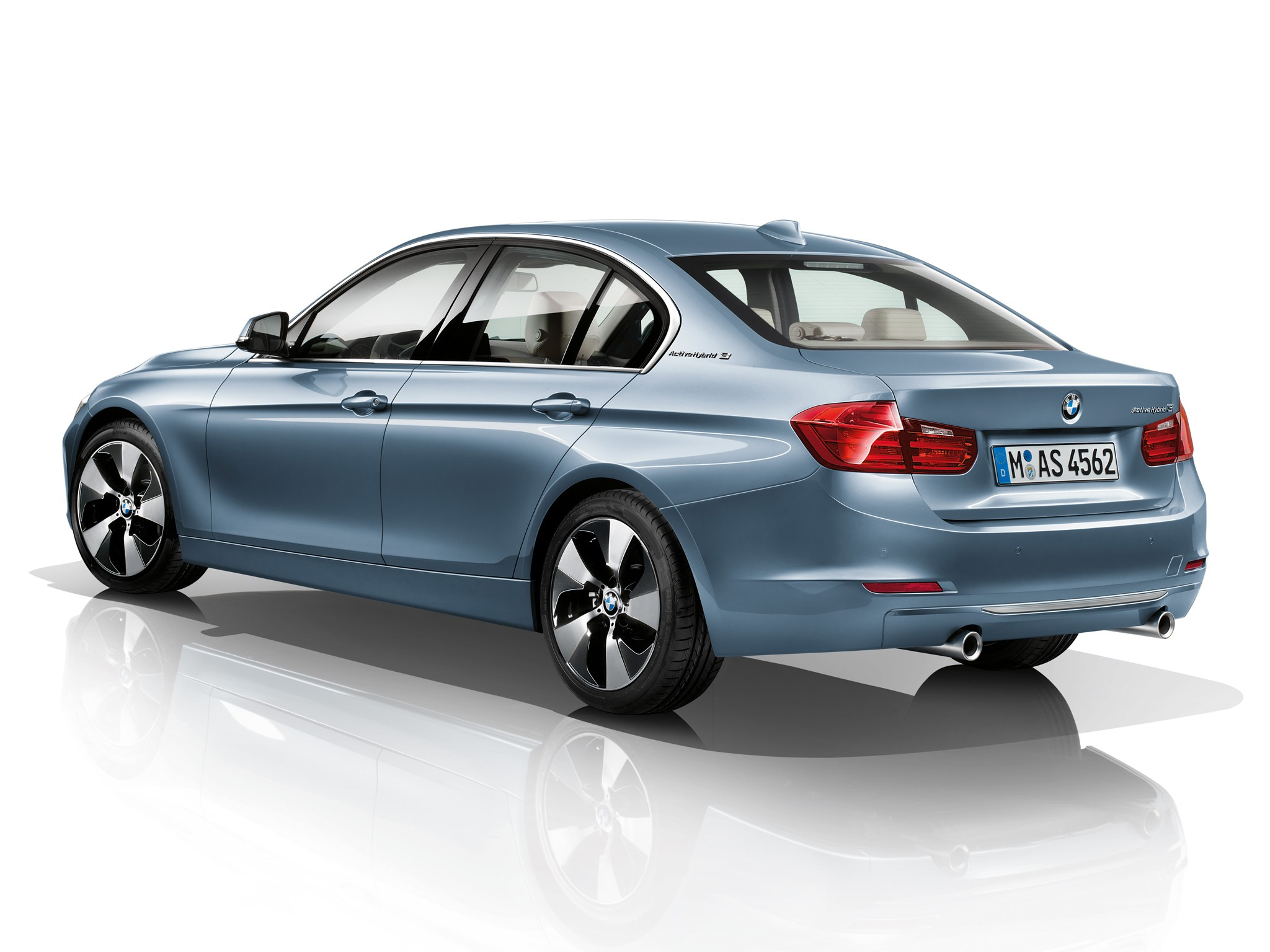 bmw 3 series f30 specs 2012 2013 2014 2015 2016 autoevolution. Black Bedroom Furniture Sets. Home Design Ideas