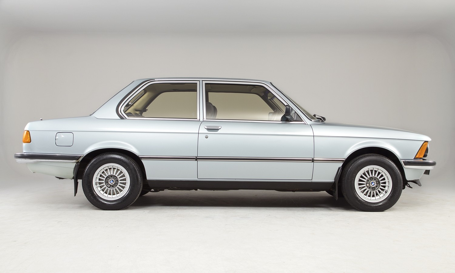 Bmw 3 Series Coupe E21 Specs Amp Photos 1975 1976 1977