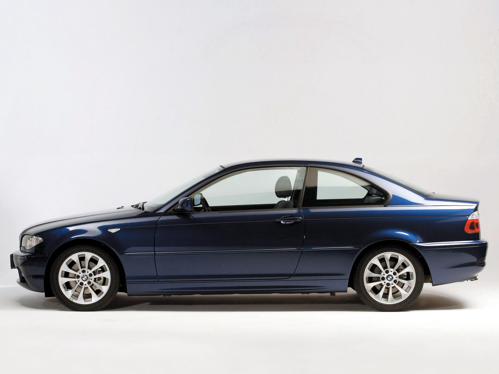 ... BMW 3 Series Coupe (E46) (2003 - 2006) ...