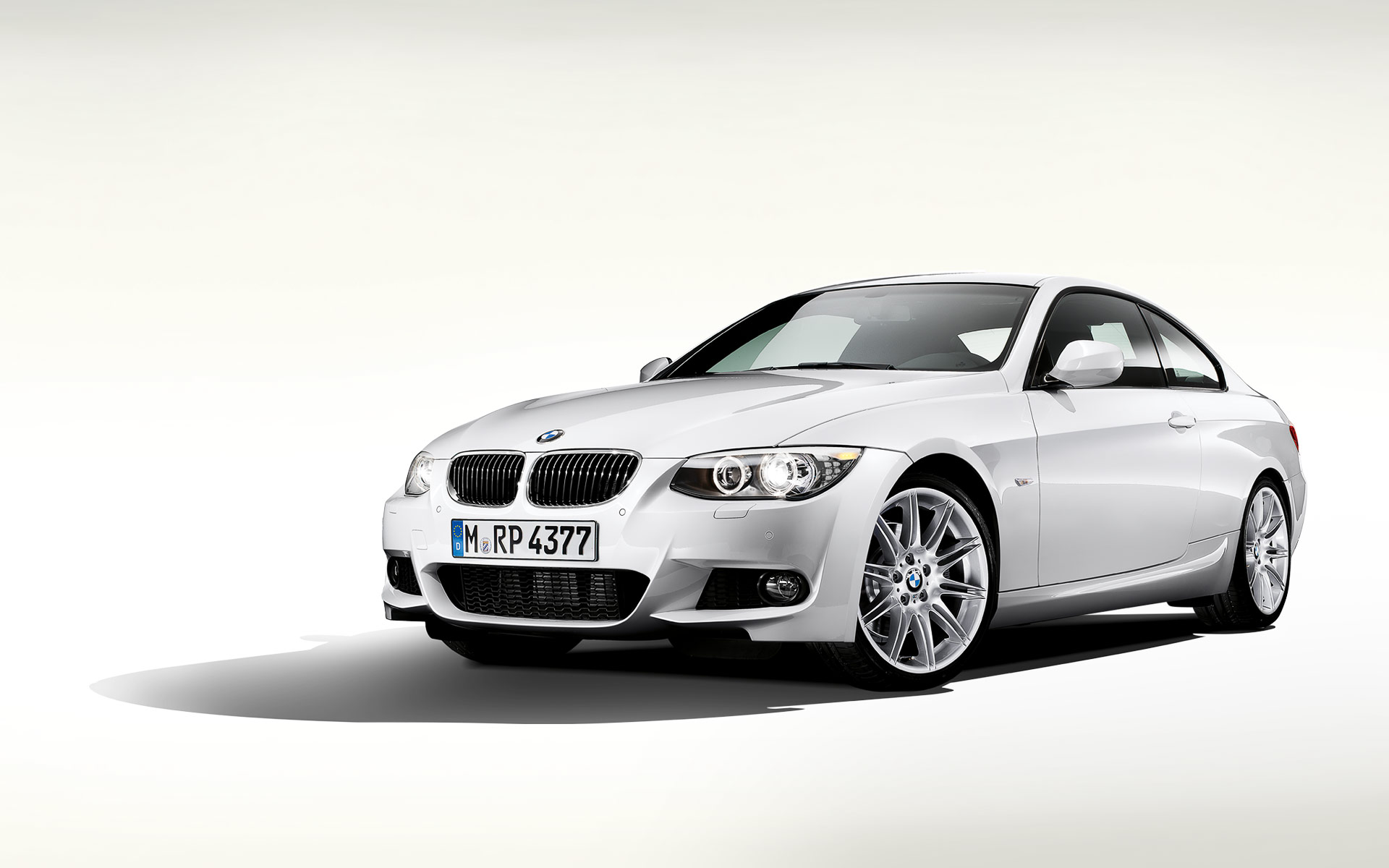 bmw 3 series coupe e92 2010 2011 2012 2013 autoevolution. Black Bedroom Furniture Sets. Home Design Ideas