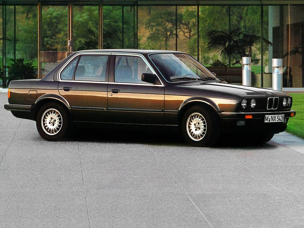 Bmw Series Sedan E on 1982 Bmw 4 Door