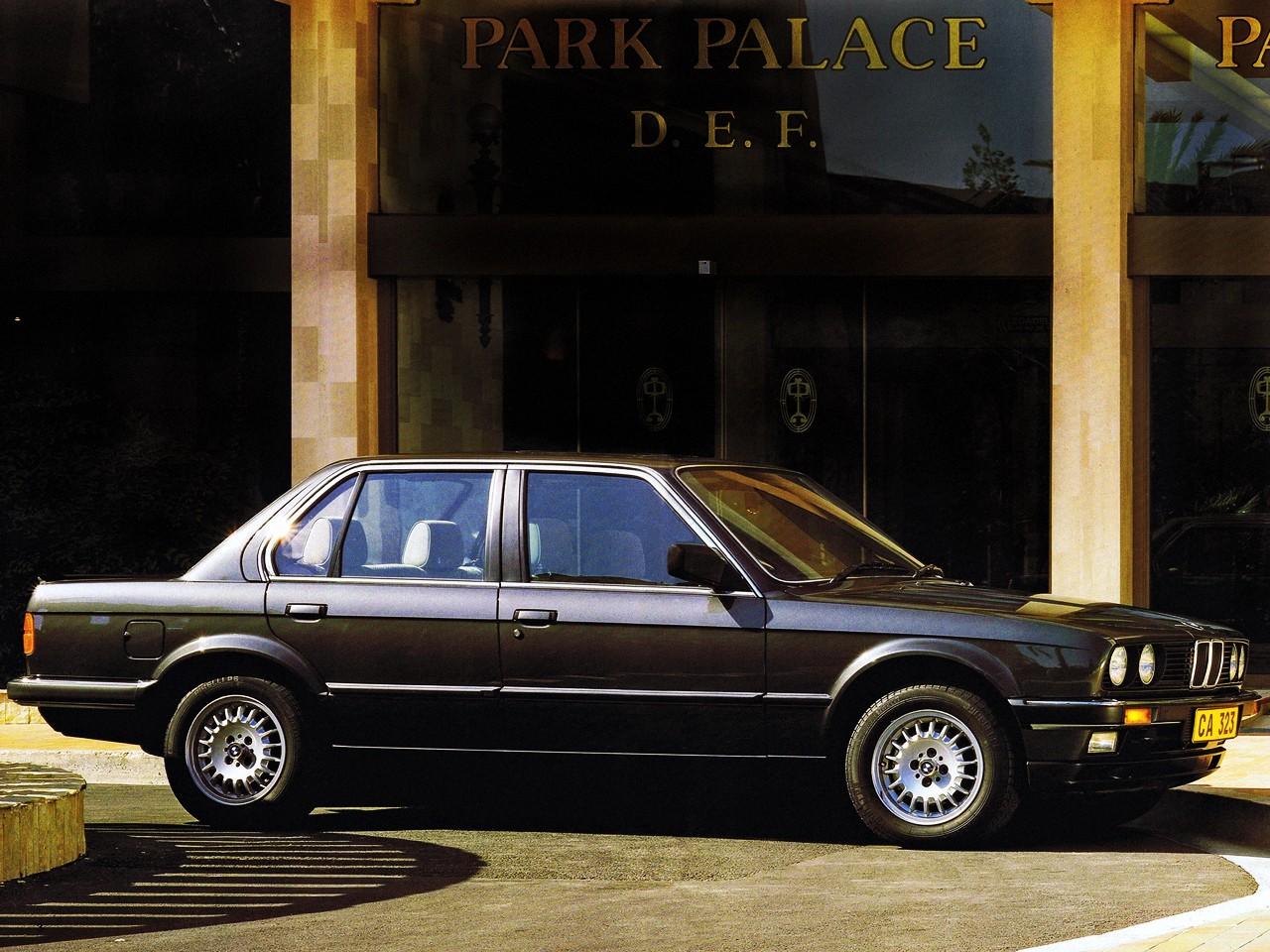 Mercedes New Model >> BMW 3 Series Sedan (E30) specs & photos - 1982, 1983, 1984 ...
