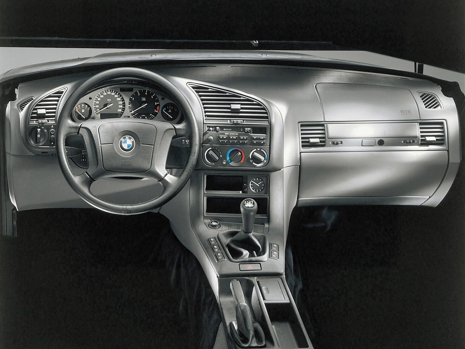 Bmw 3 Series Sedan E36 Specs Amp Photos 1991 1992 1993