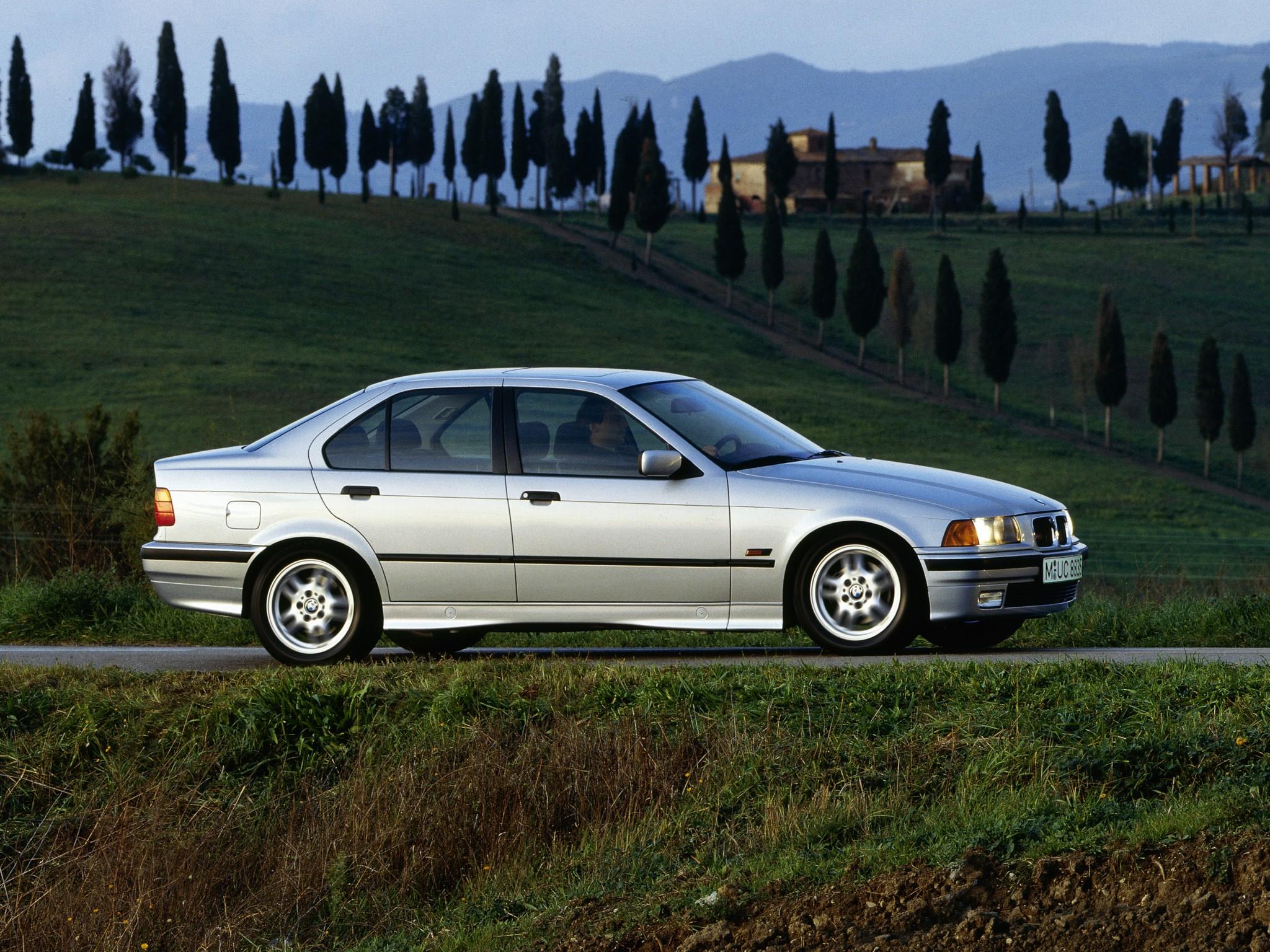 Bmw Series Sedan E on 1991 Bmw 3 Series 325i
