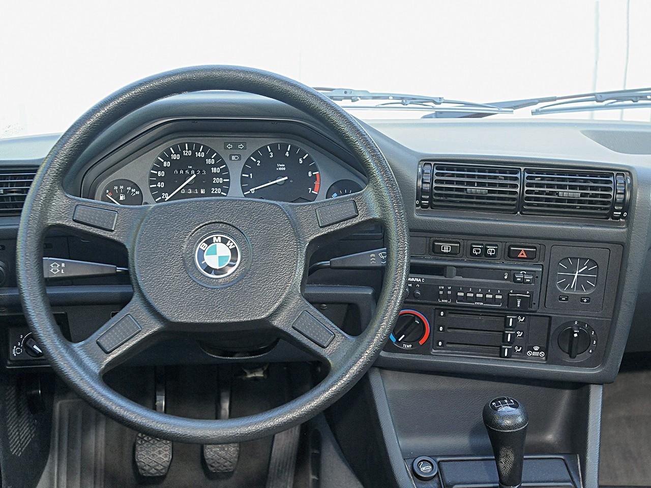 Bmw 3 series touring e30 1988 1989 1990 1991 1992 1993 autoevolution