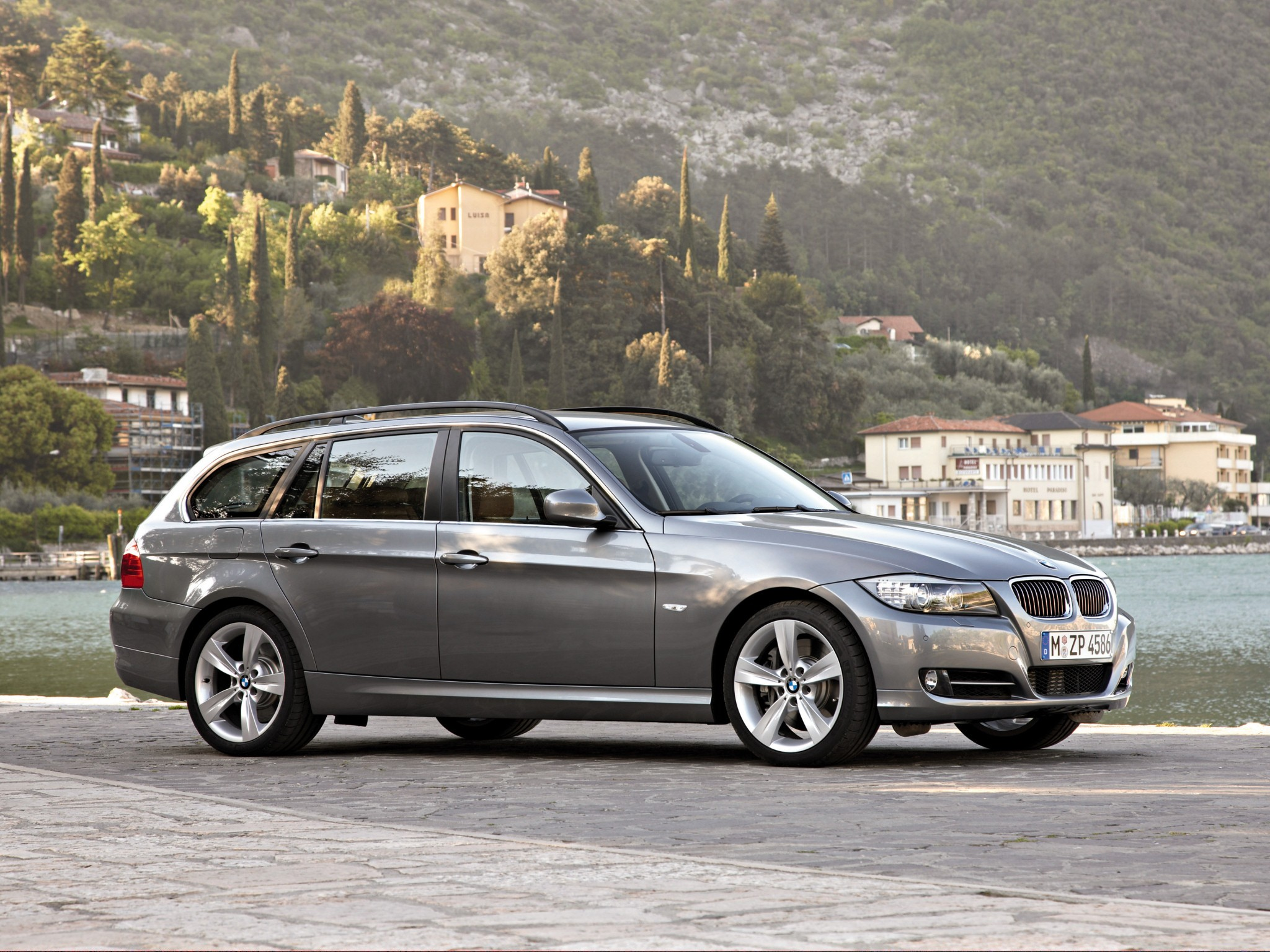 bmw 3 series touring e91 specs photos 2008 2009. Black Bedroom Furniture Sets. Home Design Ideas