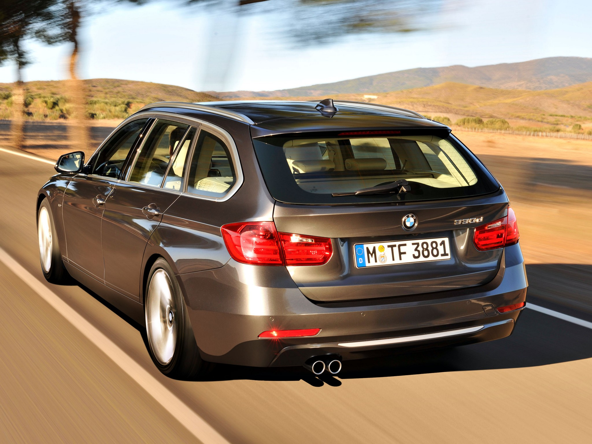 bmw 3 series touring f31 specs 2012 2013 2014 2015 2016 autoevolution. Black Bedroom Furniture Sets. Home Design Ideas