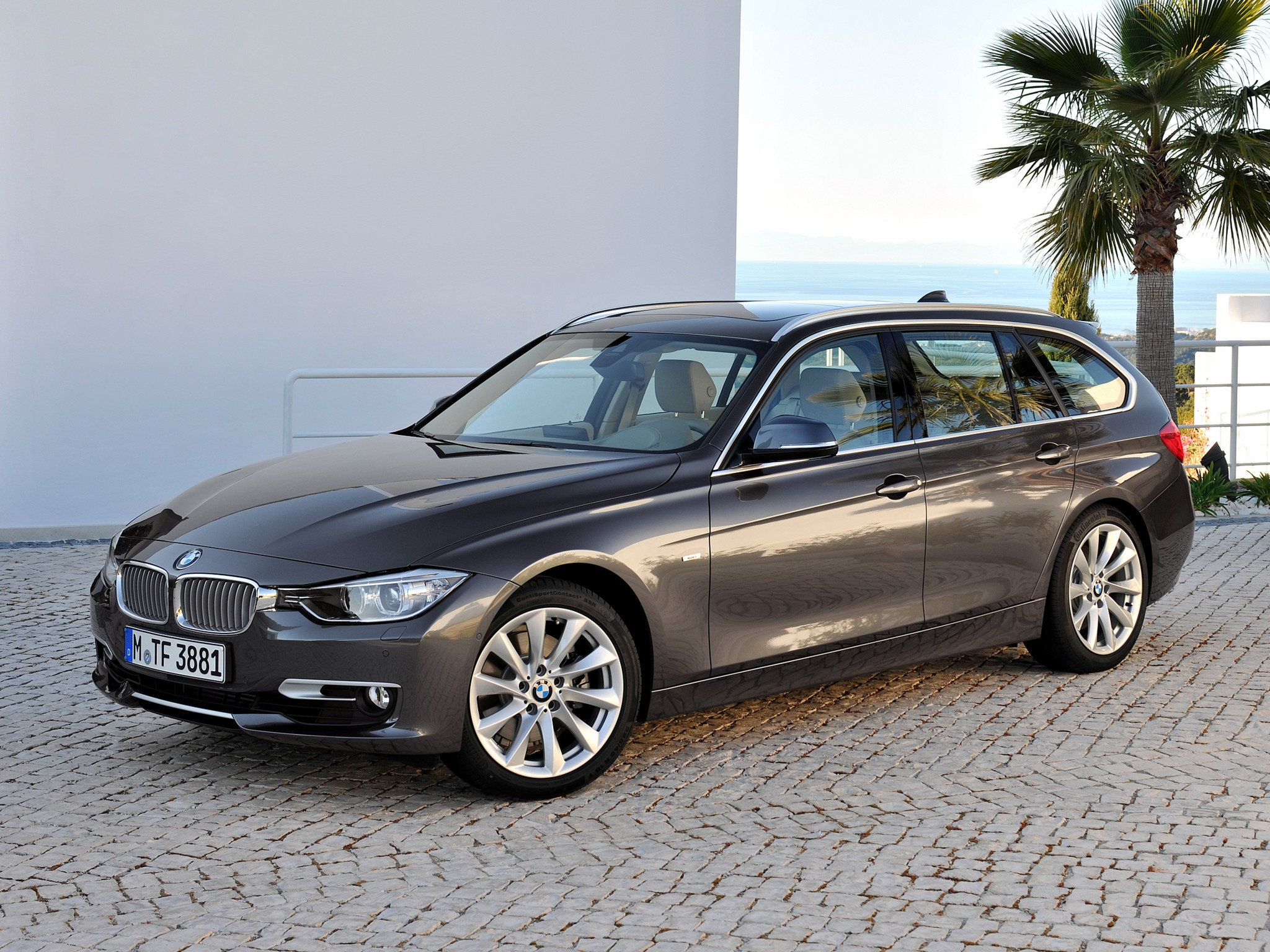 bmw 3 series touring f31 specs photos 2012 2013 2014 2015 2016 autoevolution. Black Bedroom Furniture Sets. Home Design Ideas