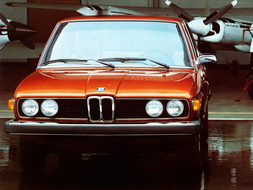 BMW 5 Series (E12) - 1972, 1973, 1974, 1975, 1976, 1977 ...