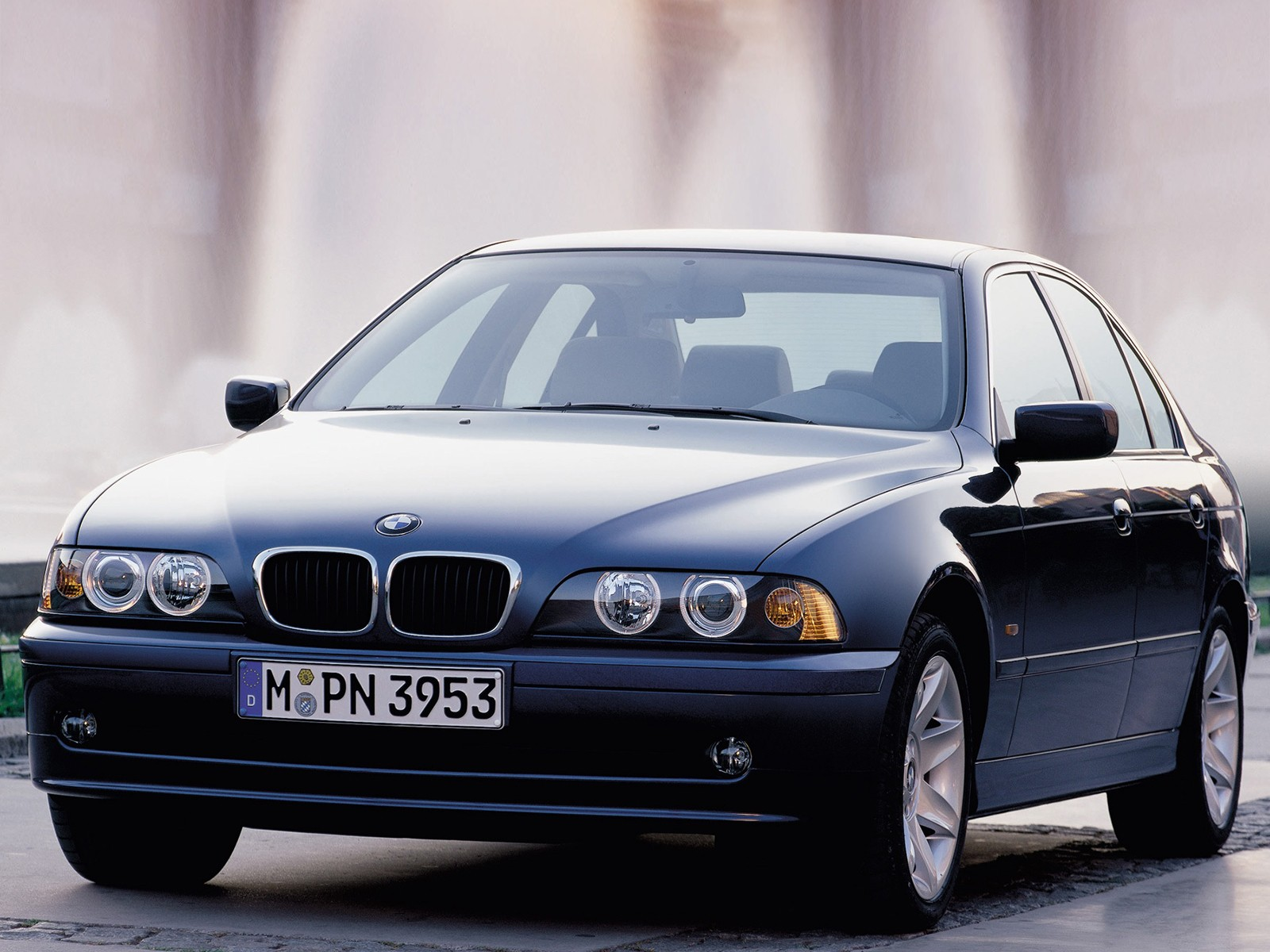 BMW 5 Series (E39) - 2000, 2001, 2002, 2003 - autoevolution