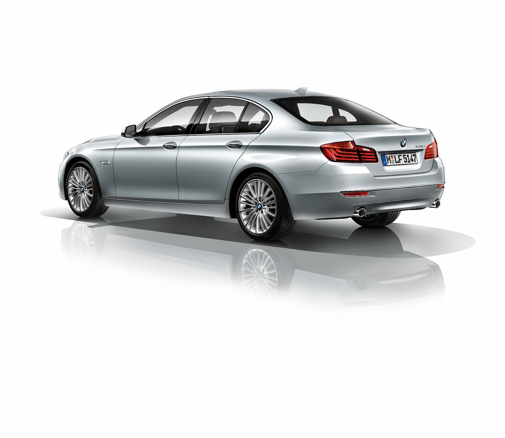 BMW 5 Series (F10) LCI Specs & Photos