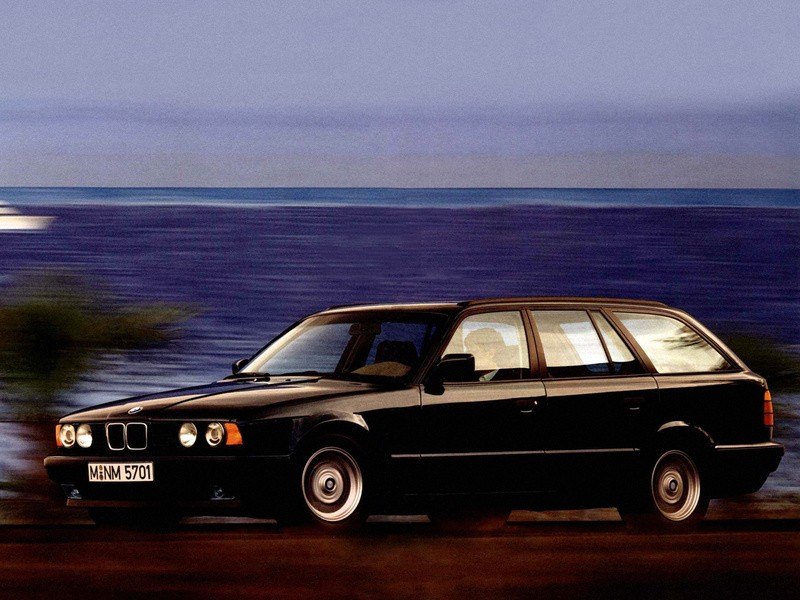Bmw 5 Series Touring E34 Specs Amp Photos 1992 1993