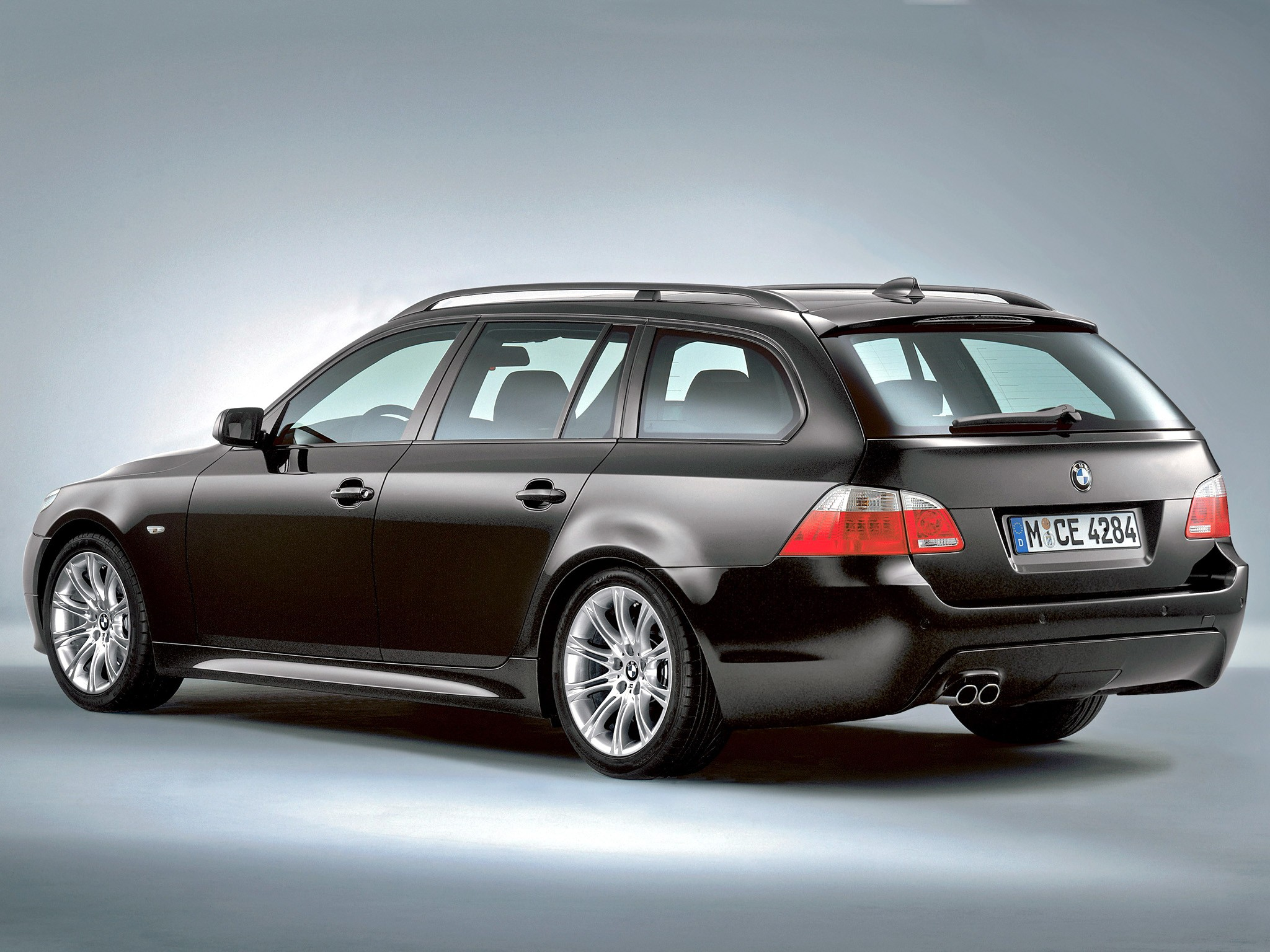bmw 5 series touring e61 2004 2005 2006 2007. Black Bedroom Furniture Sets. Home Design Ideas