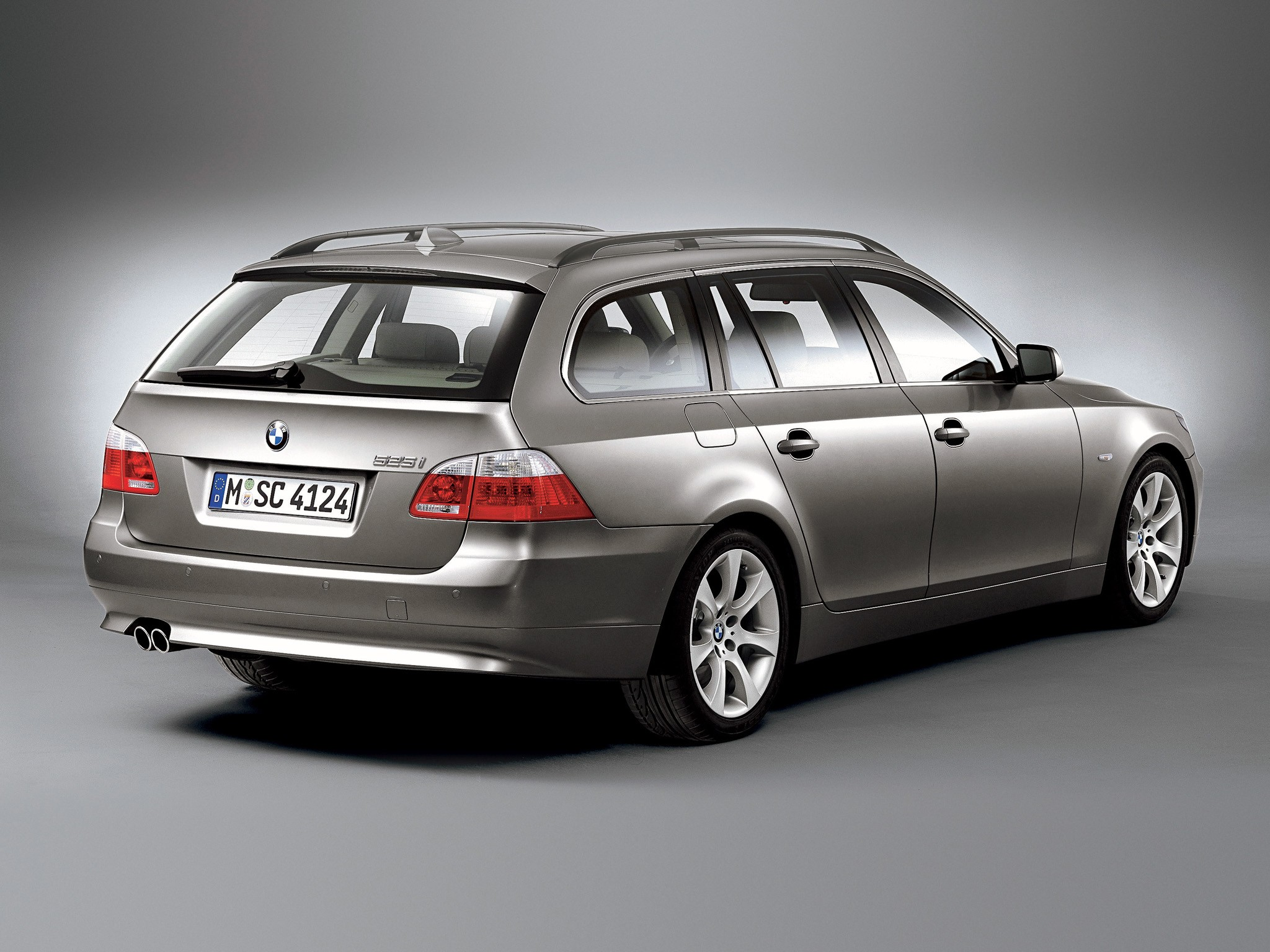 BMW 5 Series Touring (E61) specs & photos - 2004, 2005 ...