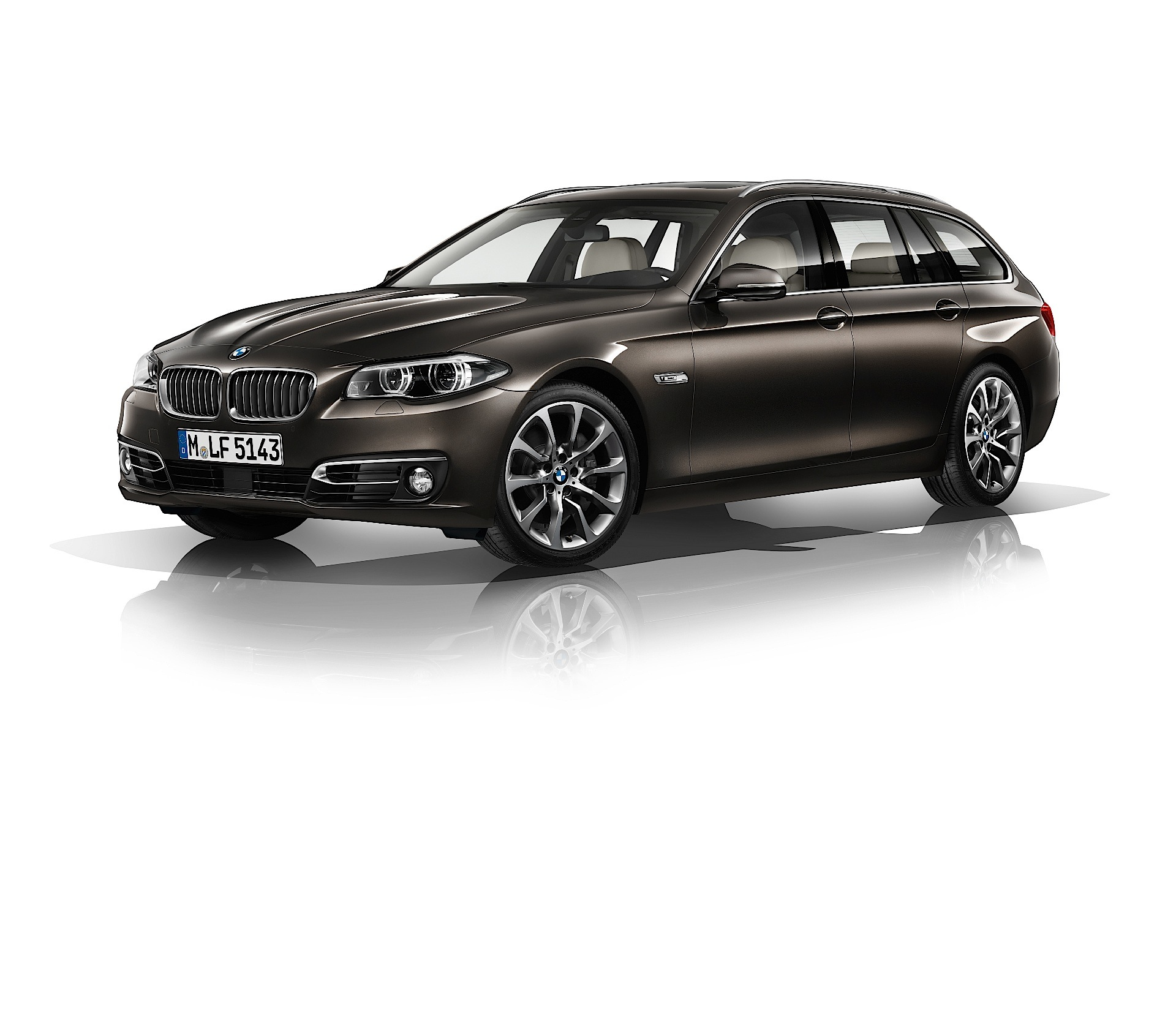 bmw 5 series touring f11 lci 2013 2014 2015 2016 2017 autoevolution. Black Bedroom Furniture Sets. Home Design Ideas