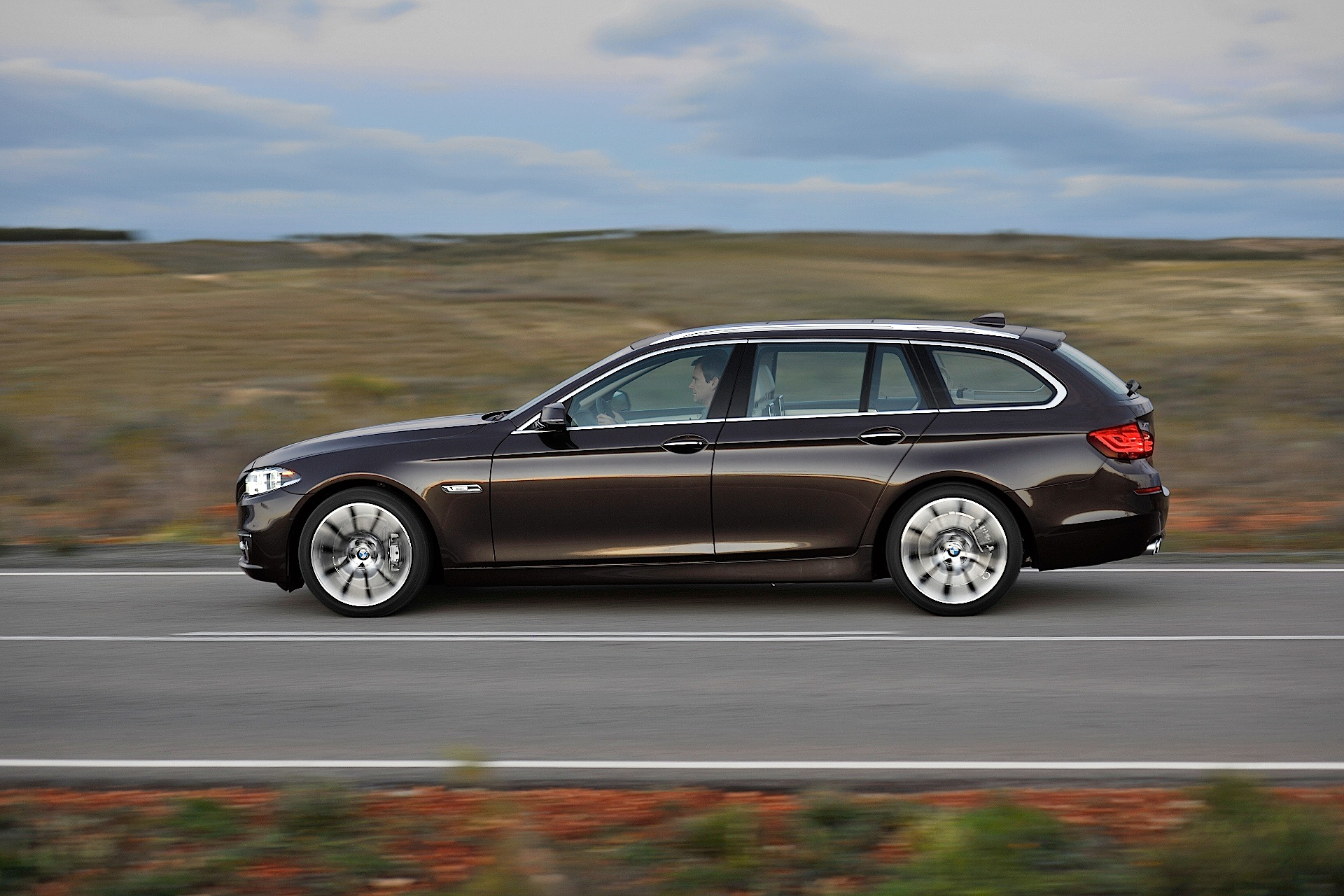 BMW 5 Series Touring (F11) LCI