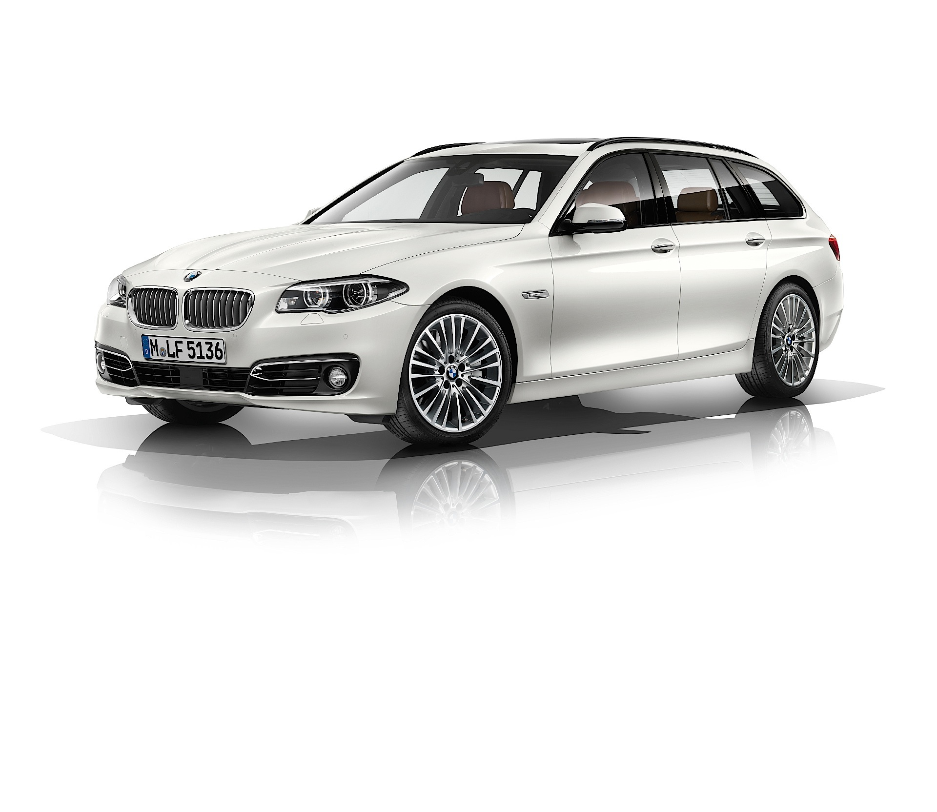 BMW 5 Series Touring (F11) LCI Specs & Photos