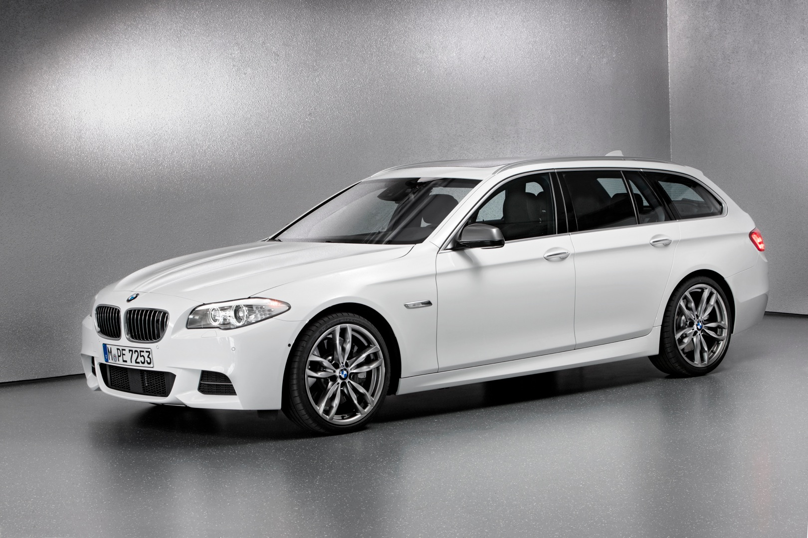BMW 5 Series Touring (F11) LCI - 2013, 2014, 2015, 2016 ...