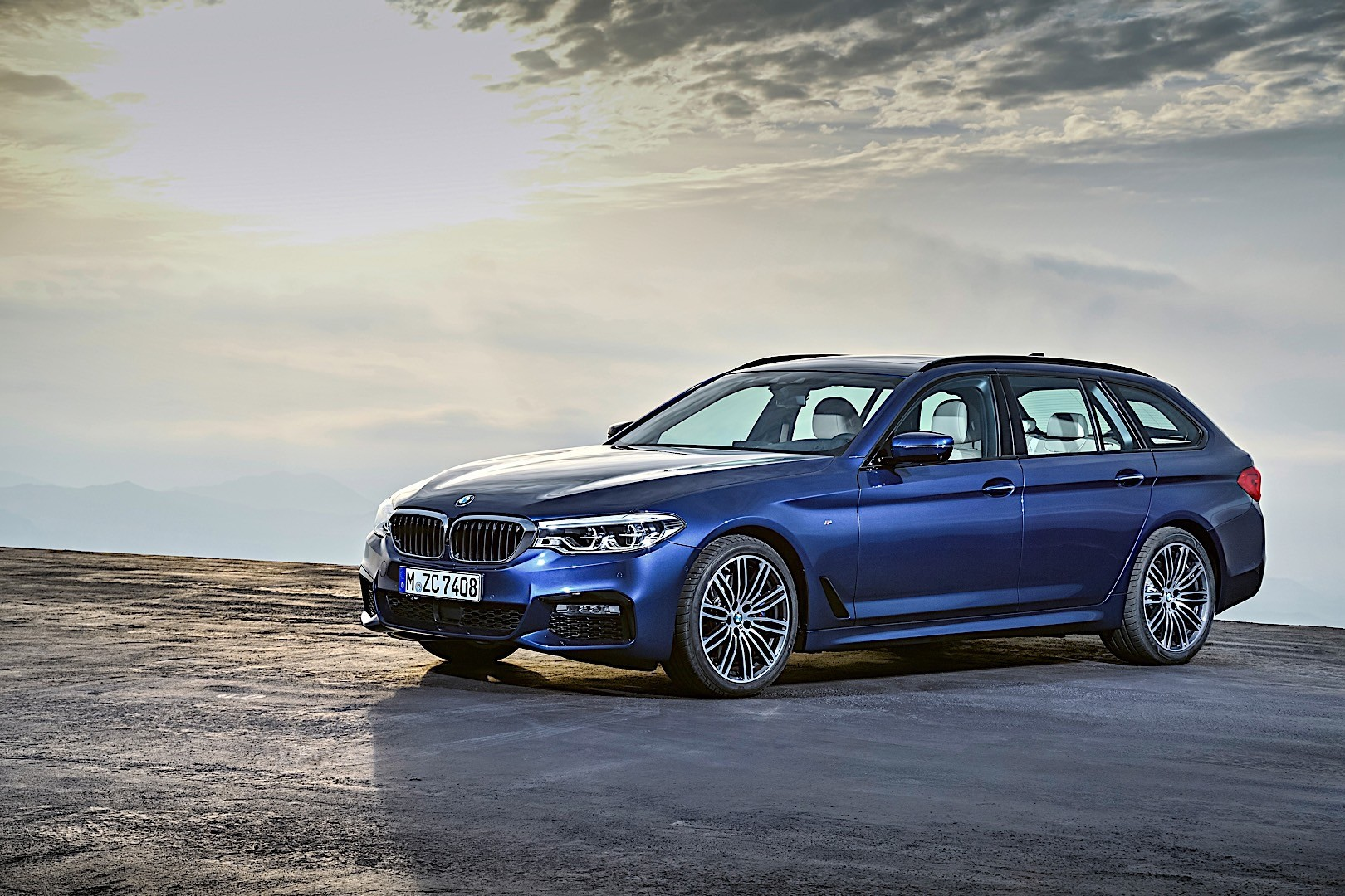 bmw 5 series touring g31 specs  photos  2017 2018