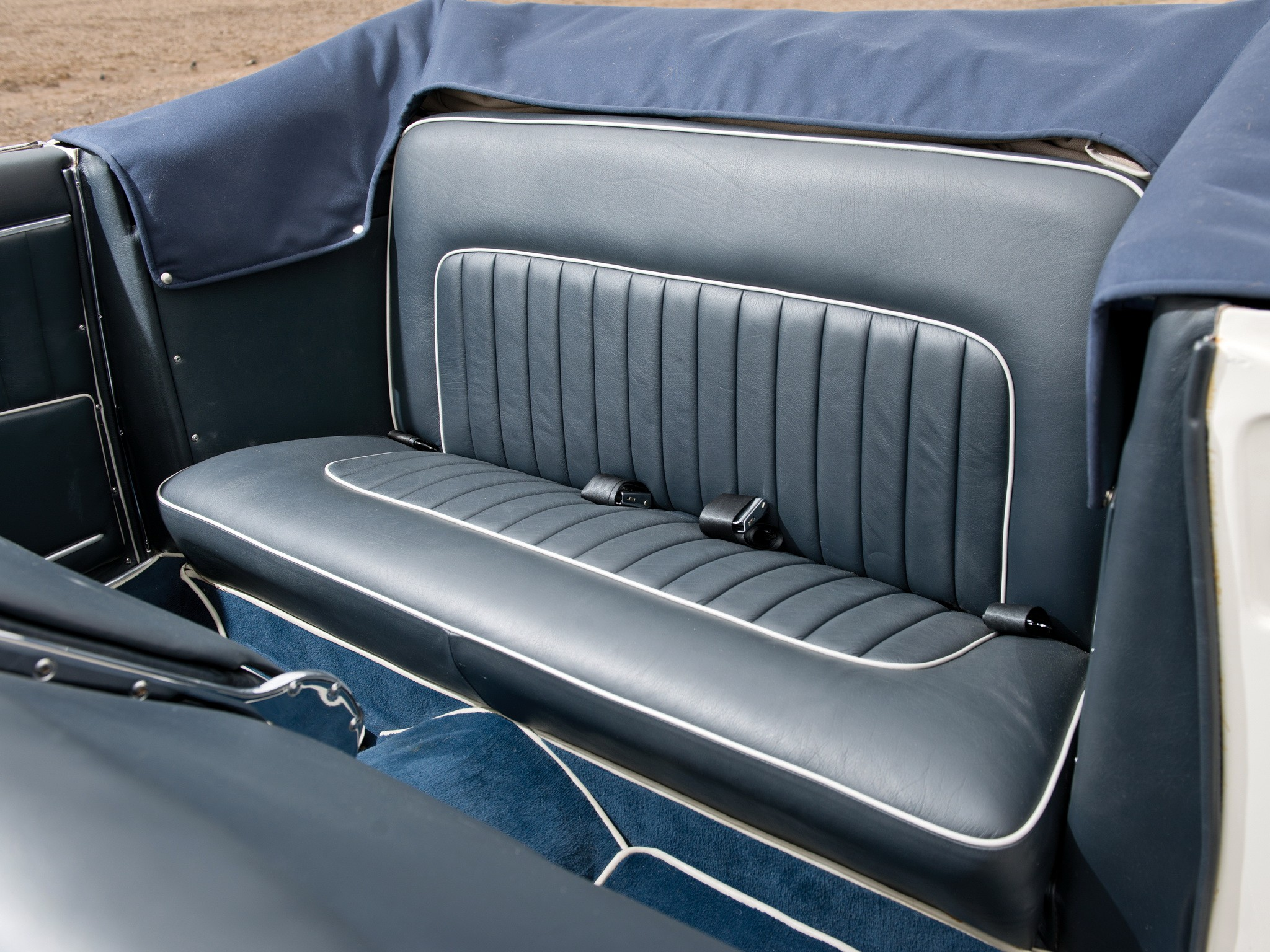 bmw 503 cabriolet specs 1956 1957 1958 1959. Black Bedroom Furniture Sets. Home Design Ideas