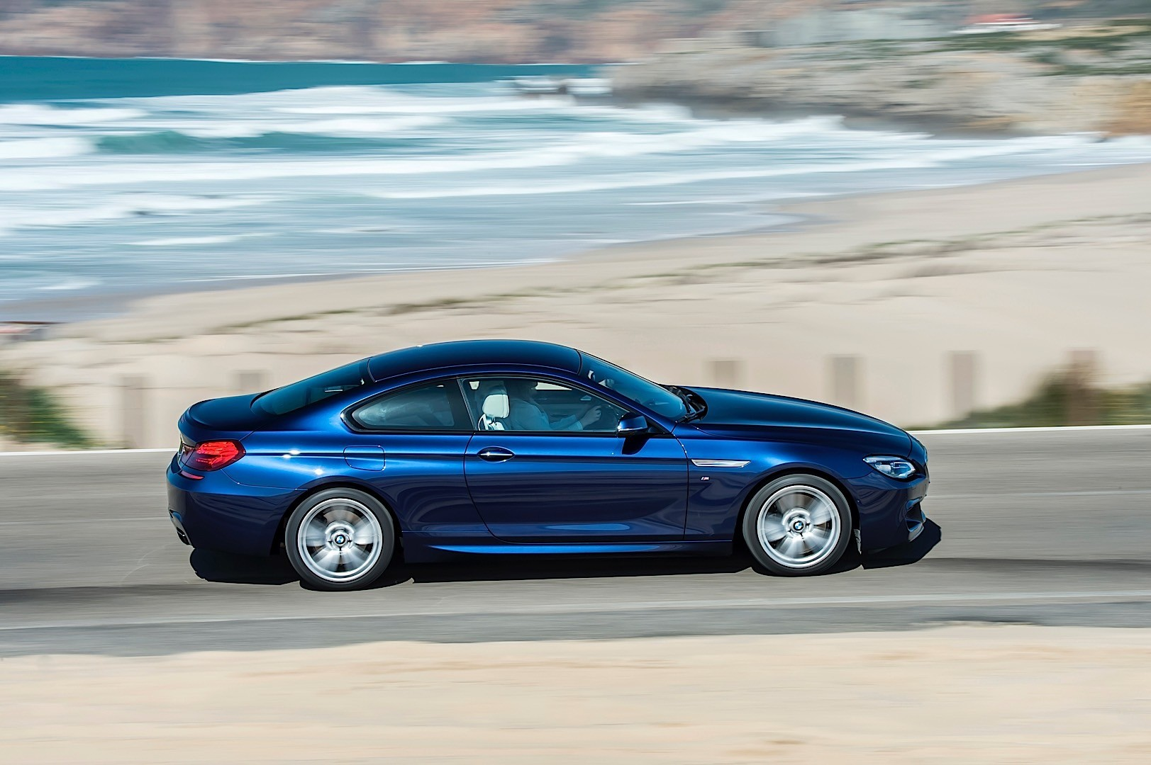 bmw 6 series coupe lci f13 specs 2015 2016 2017 2018 autoevolution. Black Bedroom Furniture Sets. Home Design Ideas