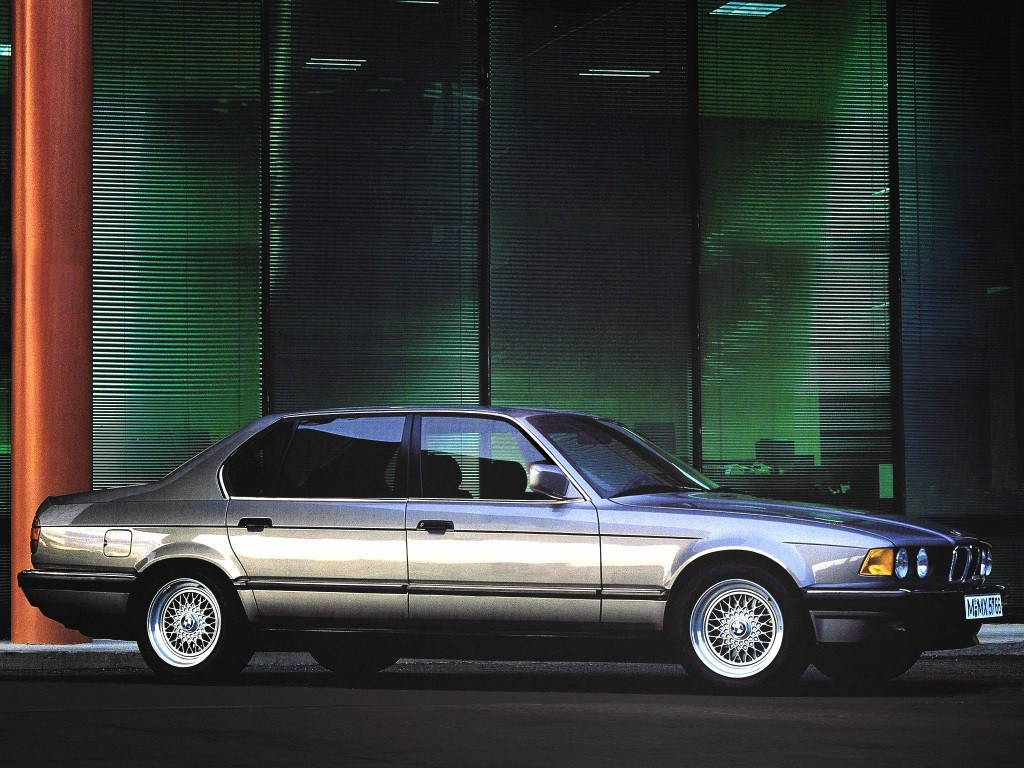 Bmw 7 Series E32 Specs 1986 1987 1988 1989 1990 1991 1992 1993 1994 Autoevolution