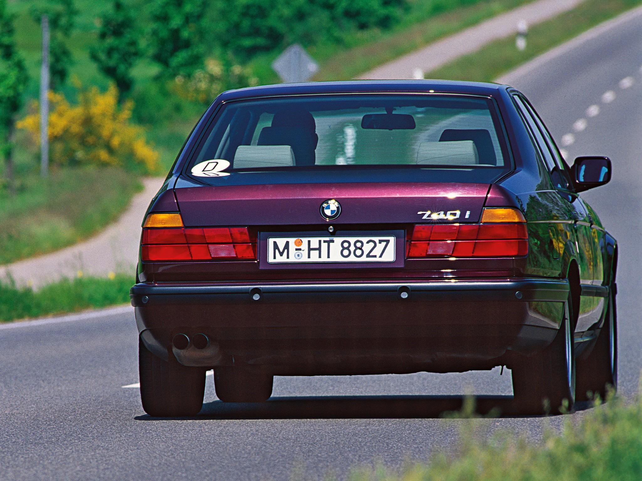 BMW 7 Series E32 1986