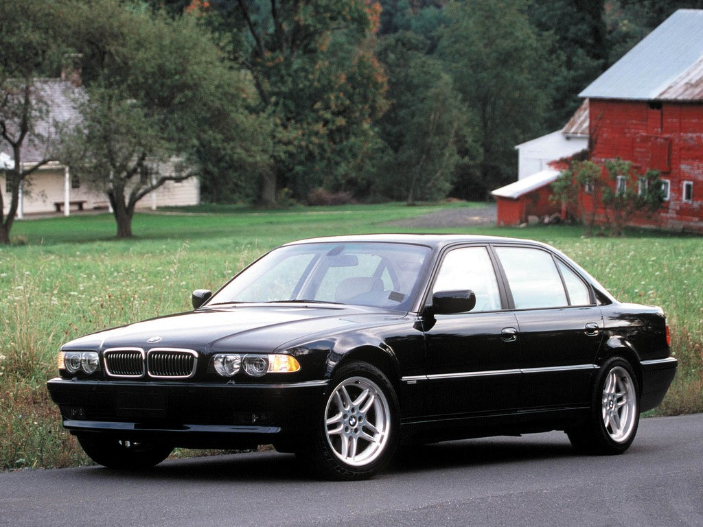 bmw 7 series e38 specs 1994 1995 1996 1997 1998 autoevolution. Black Bedroom Furniture Sets. Home Design Ideas