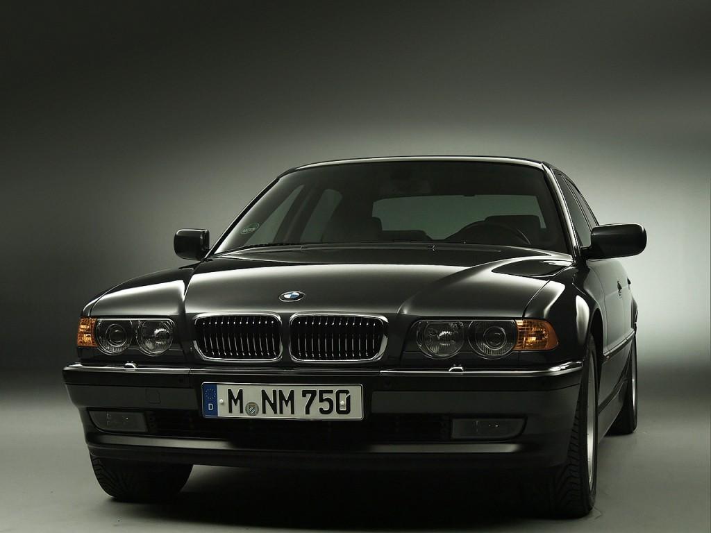 bmw 7 series e38 specs 1994 1995 1996 1997 1998 autoevolution. Black Bedroom Furniture Sets. Home Design Ideas