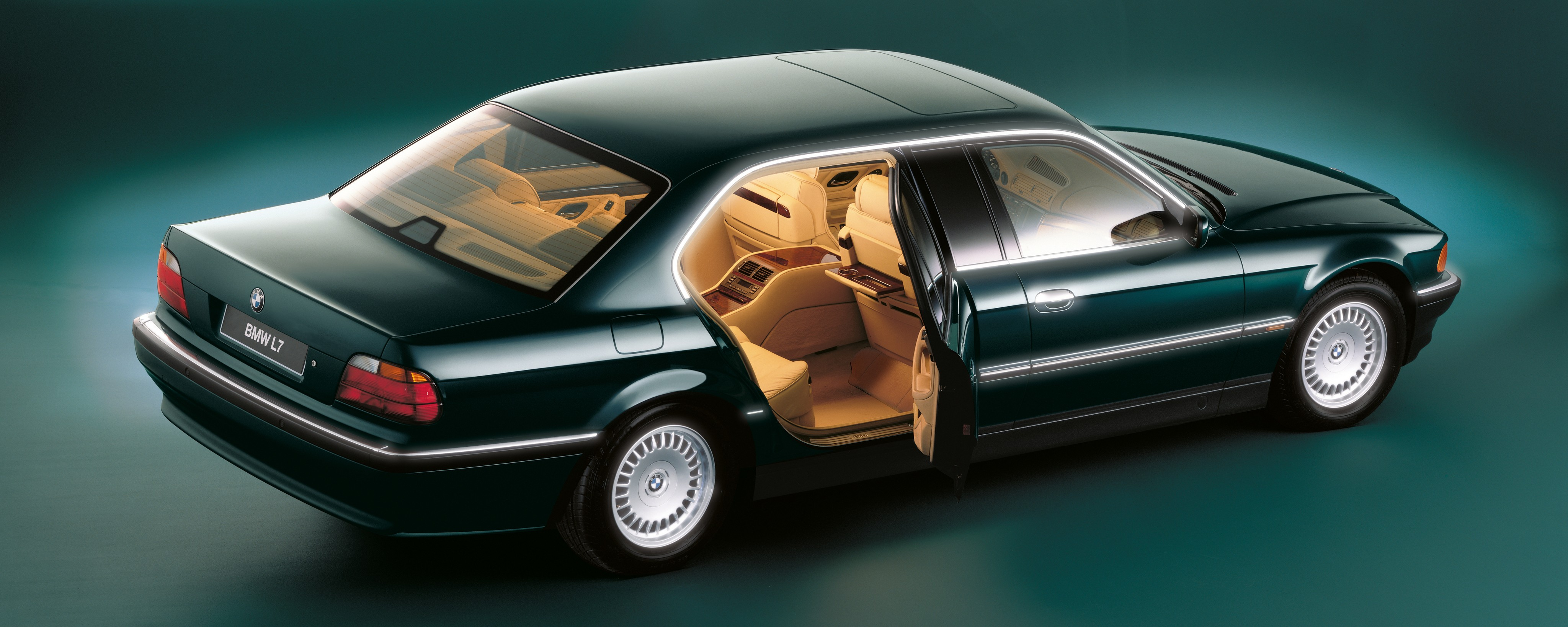 bmw 7 series e38 1994 1995 1996 1997 1998 autoevolution. Black Bedroom Furniture Sets. Home Design Ideas