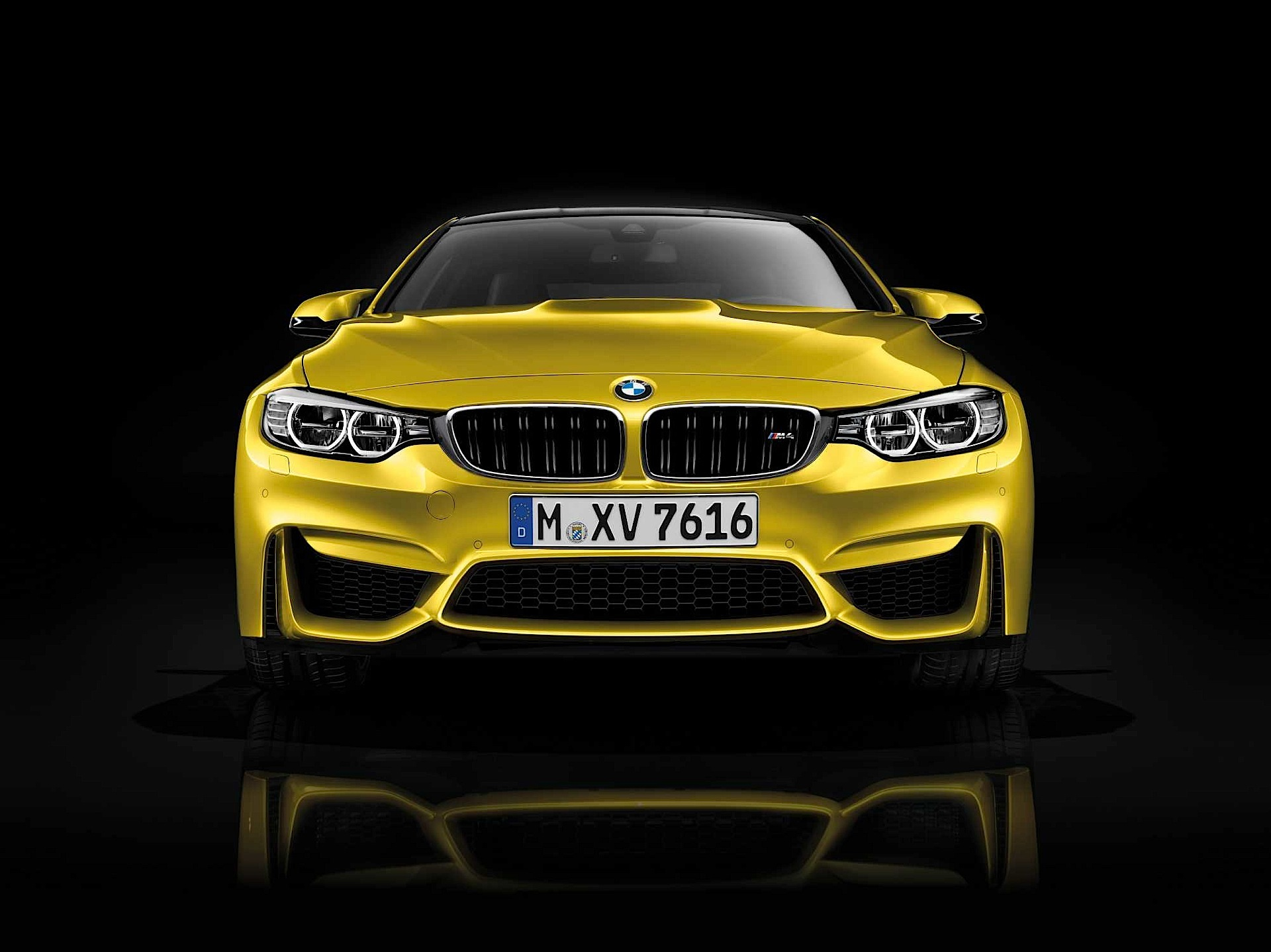 Bmw M4 F82 Specs Amp Photos 2014 2015 2016 2017 2018