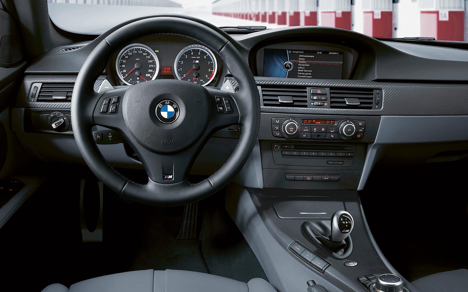 BMW M3 Coupe (E92) LCI specs & photos - 2010, 2011, 2012 ...