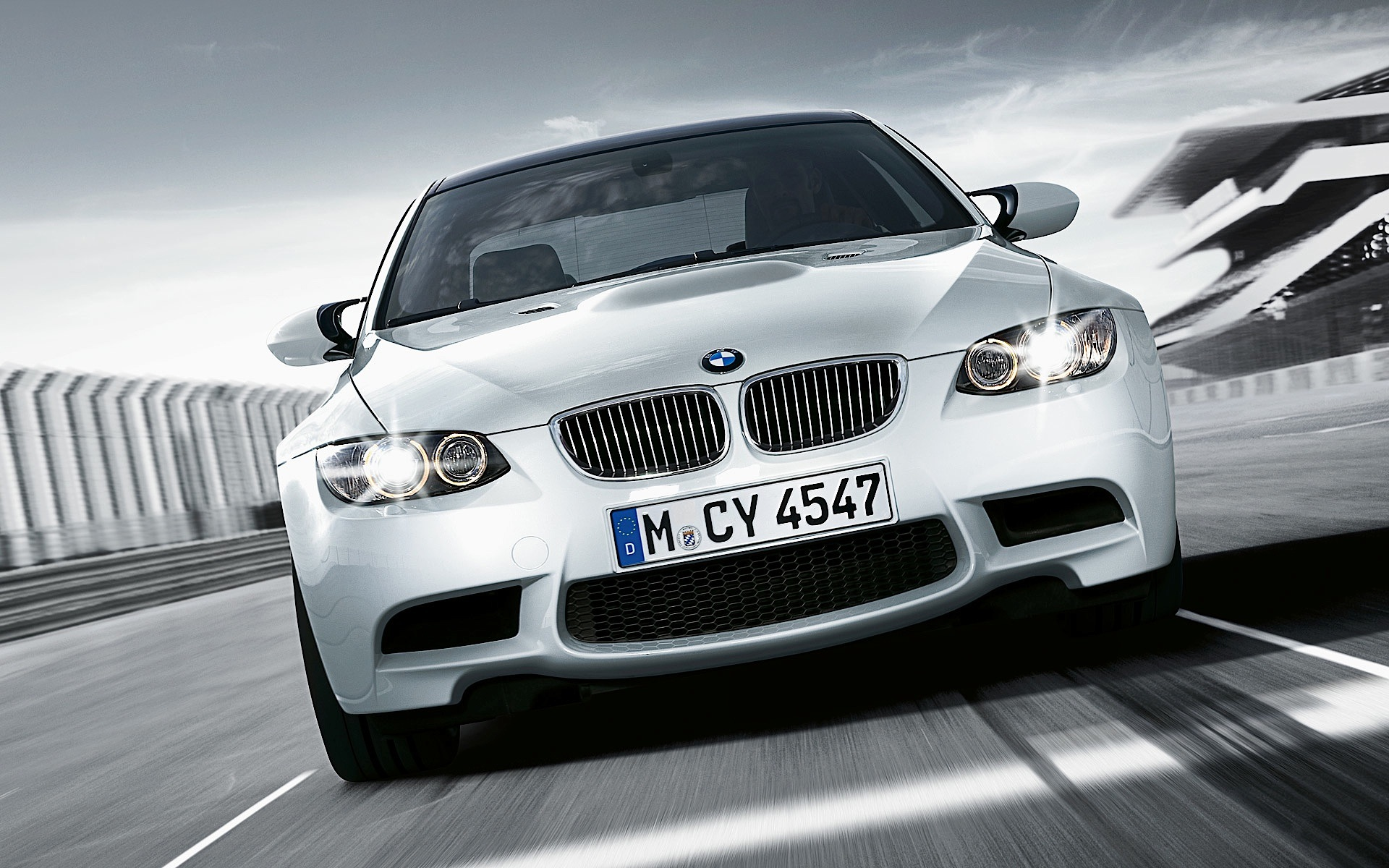 Bmw m3 coupe e92 lci specs 2010 2011 2012 2013 autoevolution - 2013 bmw 335i coupe specs ...