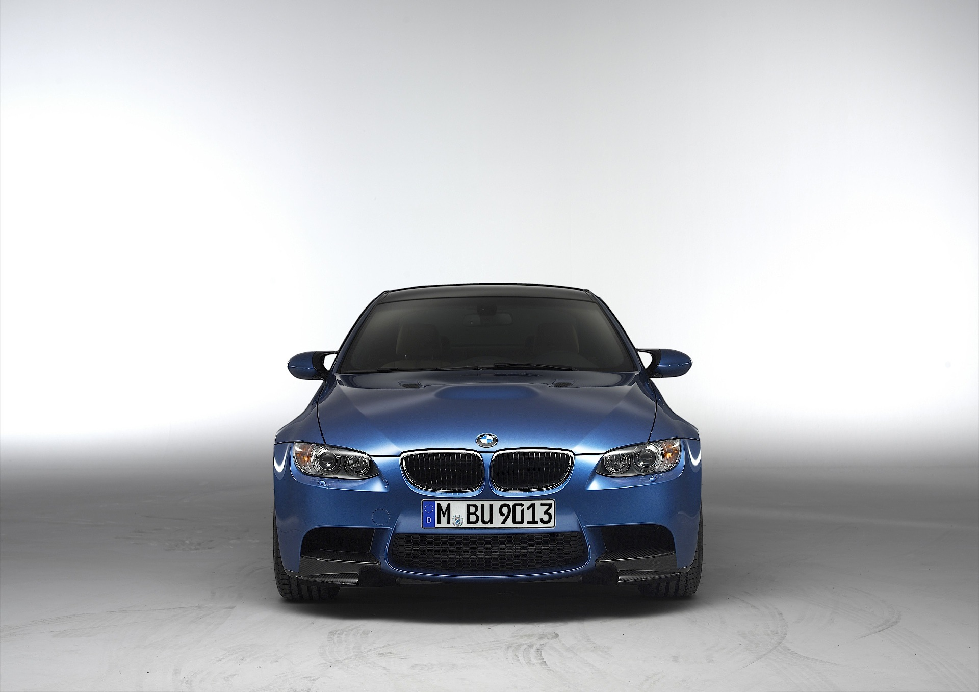 Bmw M3 Coupe E92 Lci Specs Amp Photos 2010 2011 2012