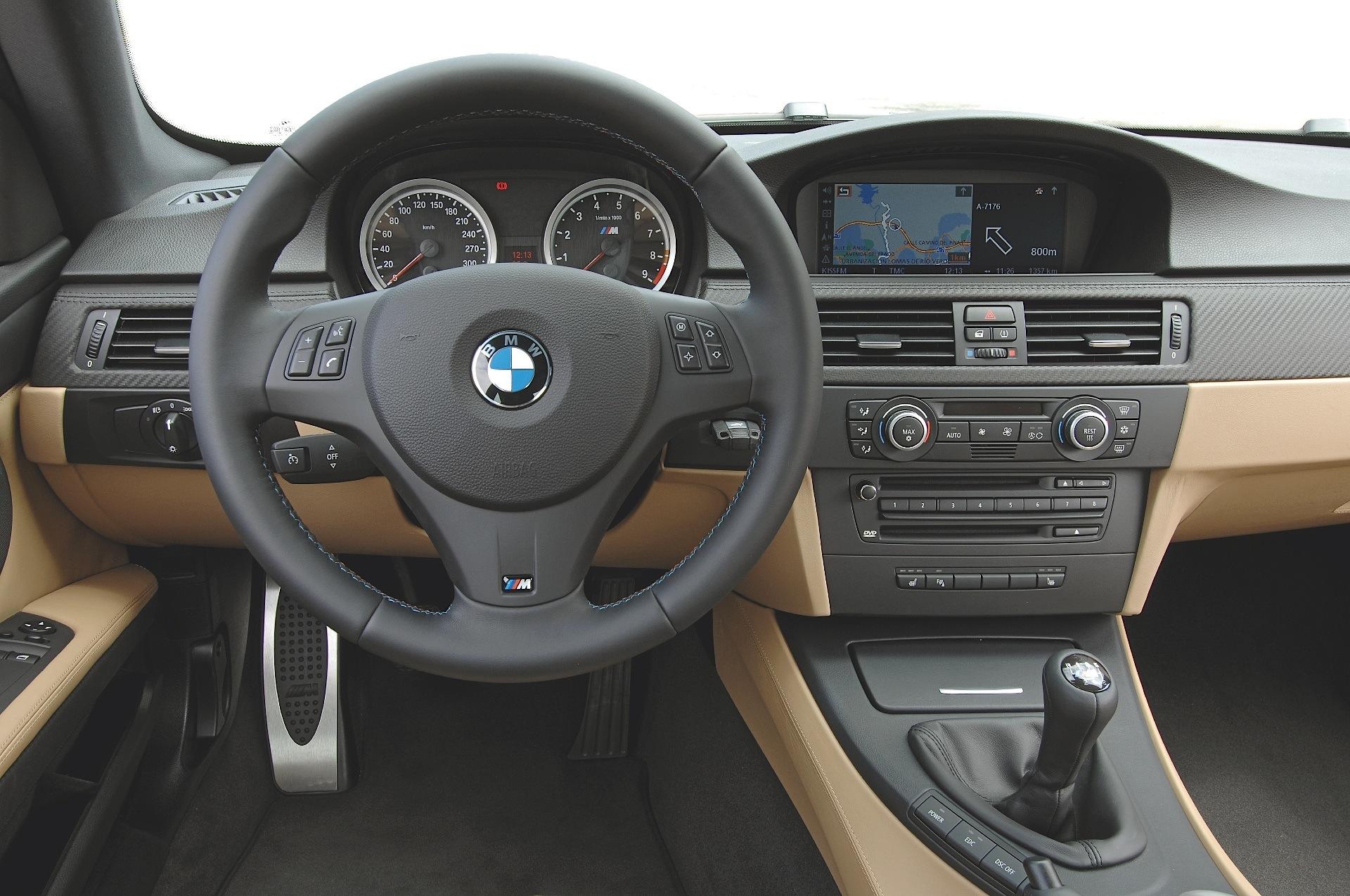BMW M3 Sedan (E90) specs & photos - 2008, 2009, 2010, 2011 ...  BMW M3 Sedan (E...