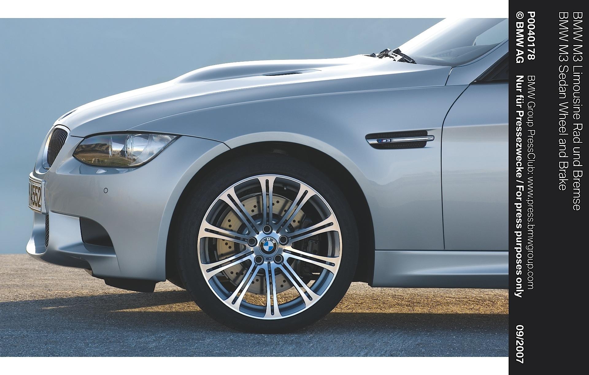 BMW M3 Sedan (E90) specs - 2008, 2009, 2010, 2011 ...