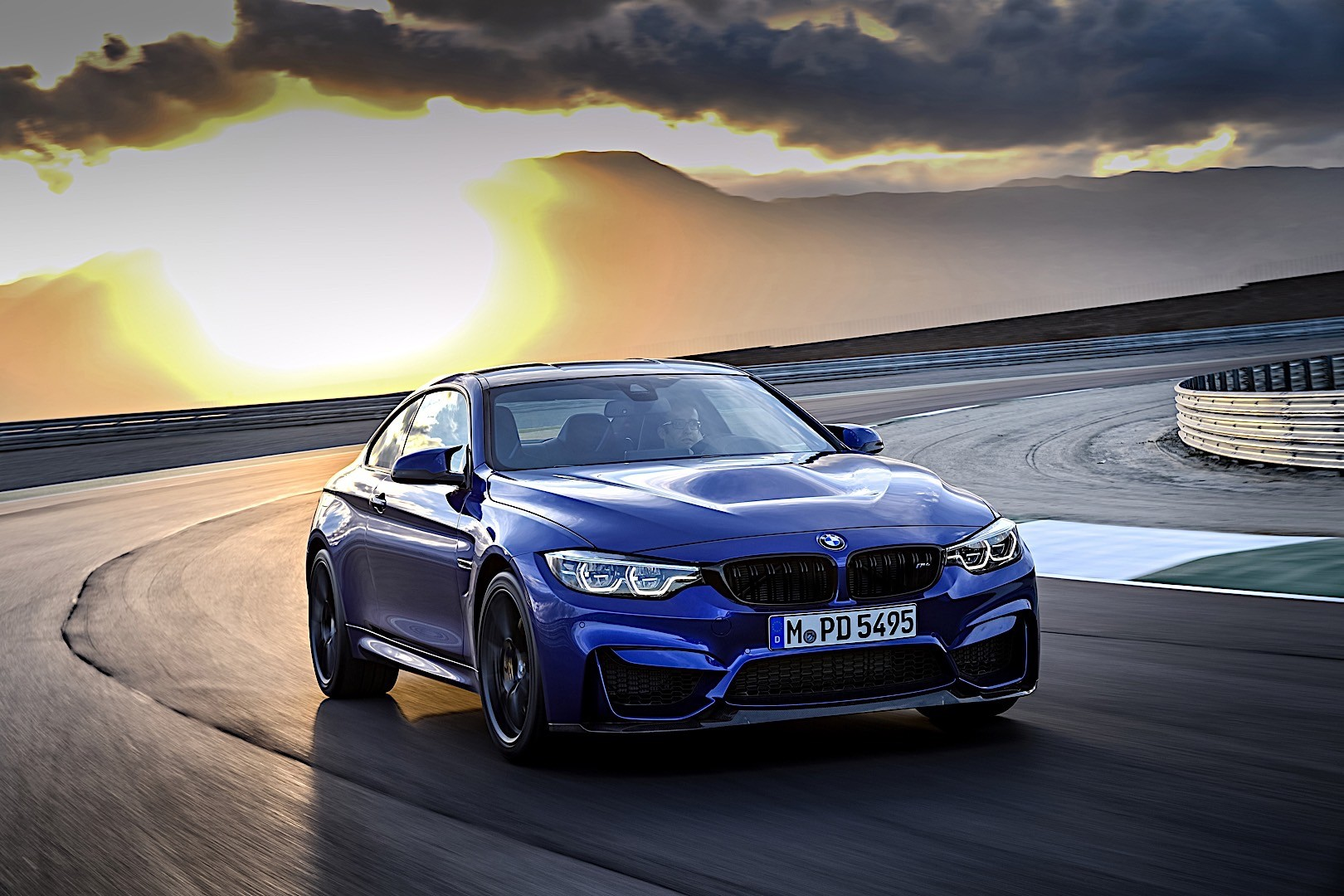M4 Competition Package >> BMW M4 CS specs & photos - 2017, 2018, 2019, 2020 ...