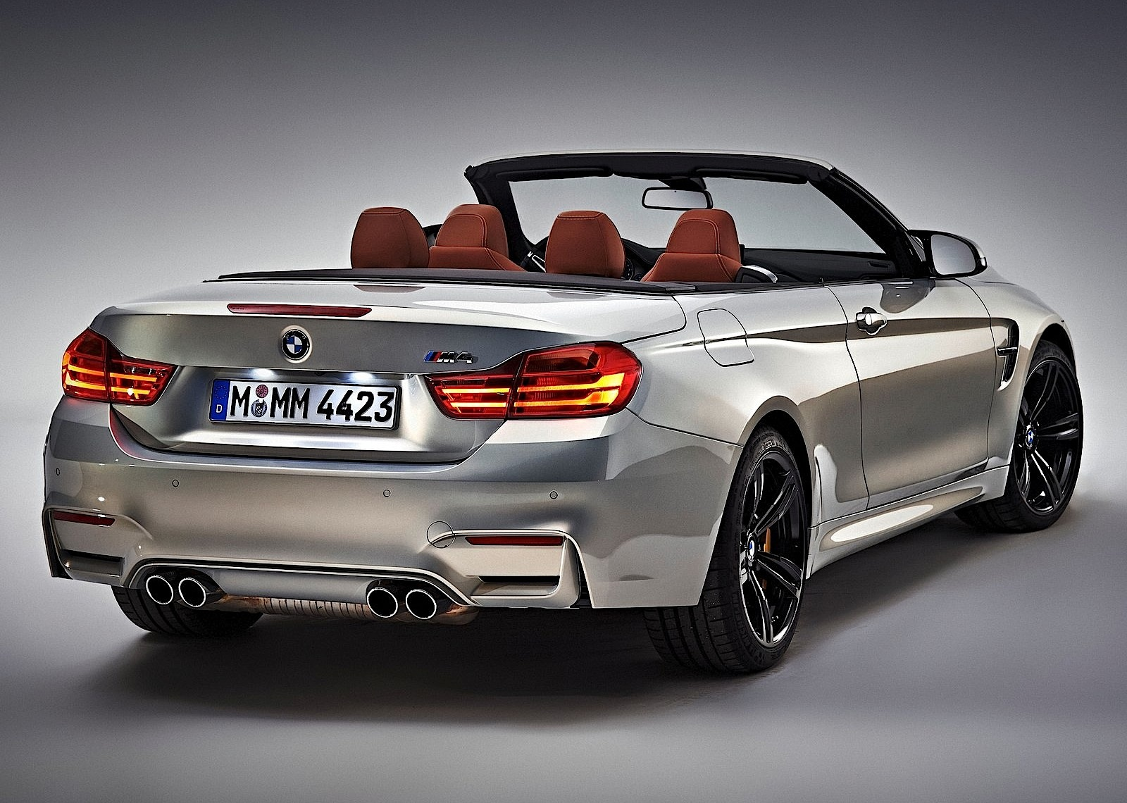 bmw m4 convertible specs 2014 2015 2016 2017 autoevolution. Black Bedroom Furniture Sets. Home Design Ideas