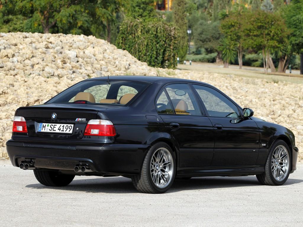 bmw m5 e39 1998 2004 2003 2002 1999 specs 2000 autoevolution 2001