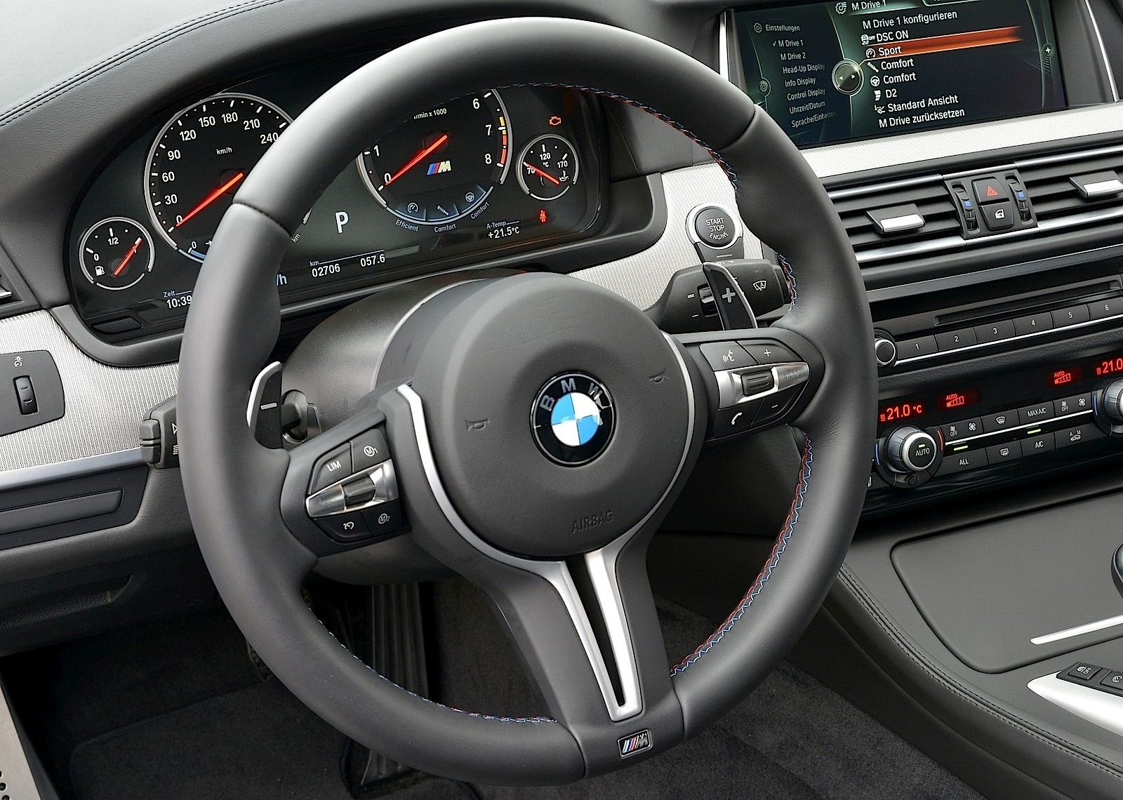 Bmw M5 F10 Lci Specs Amp Photos 2013 2014 2015 2016