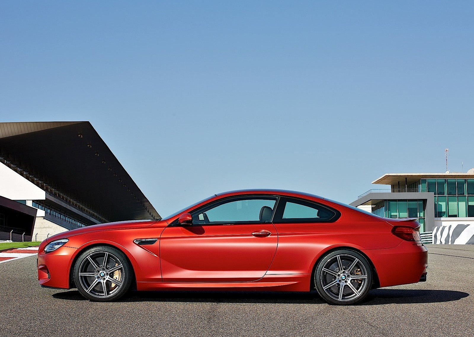 Bmw M6 Coupe Lci Specs Amp Photos 2014 2015 2016 2017